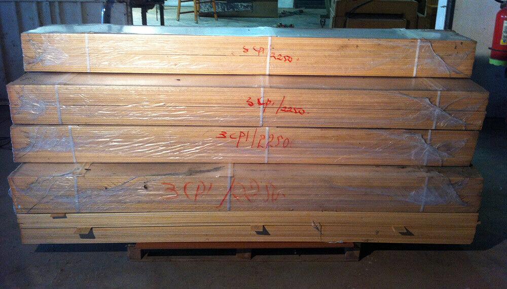 Mostrina per porta in legno massello grezzo L 225 cm in vendita - foto 1