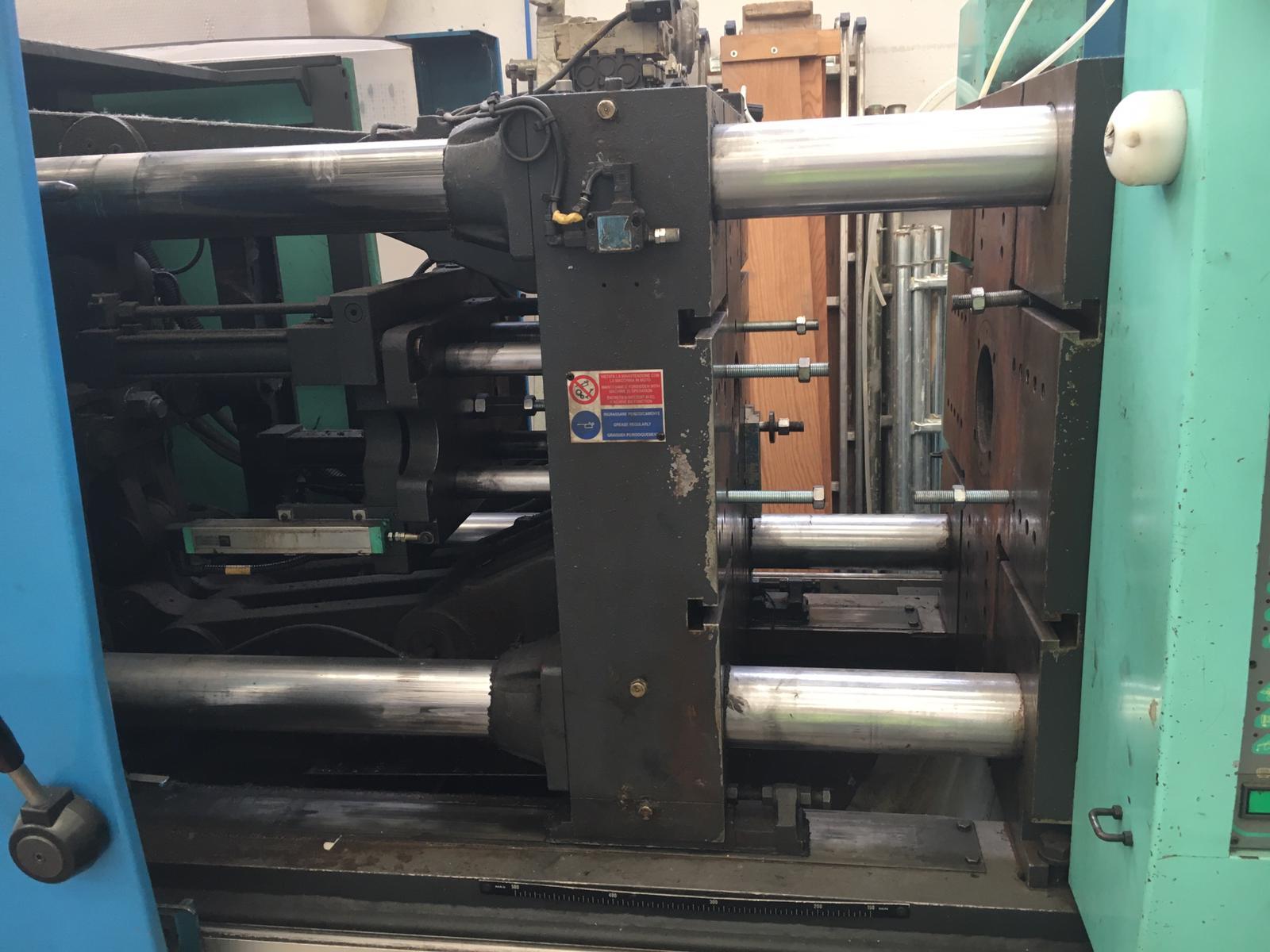 Pressa a iniezione per stampaggio plastica in vendita - foto 7
