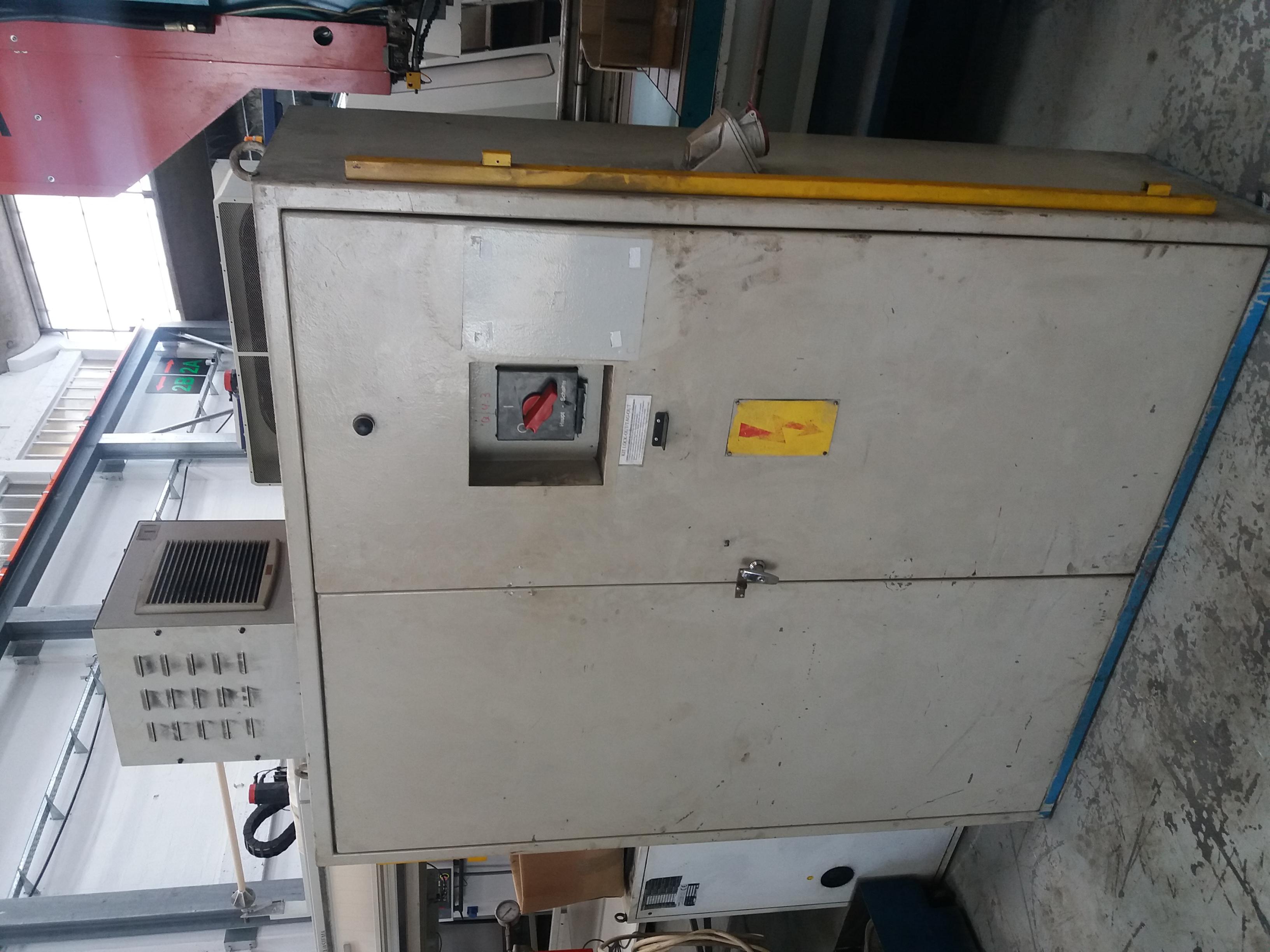 PRESSA A DOPPIO MONTANTE SCHULLER 160 T in vendita - foto 5