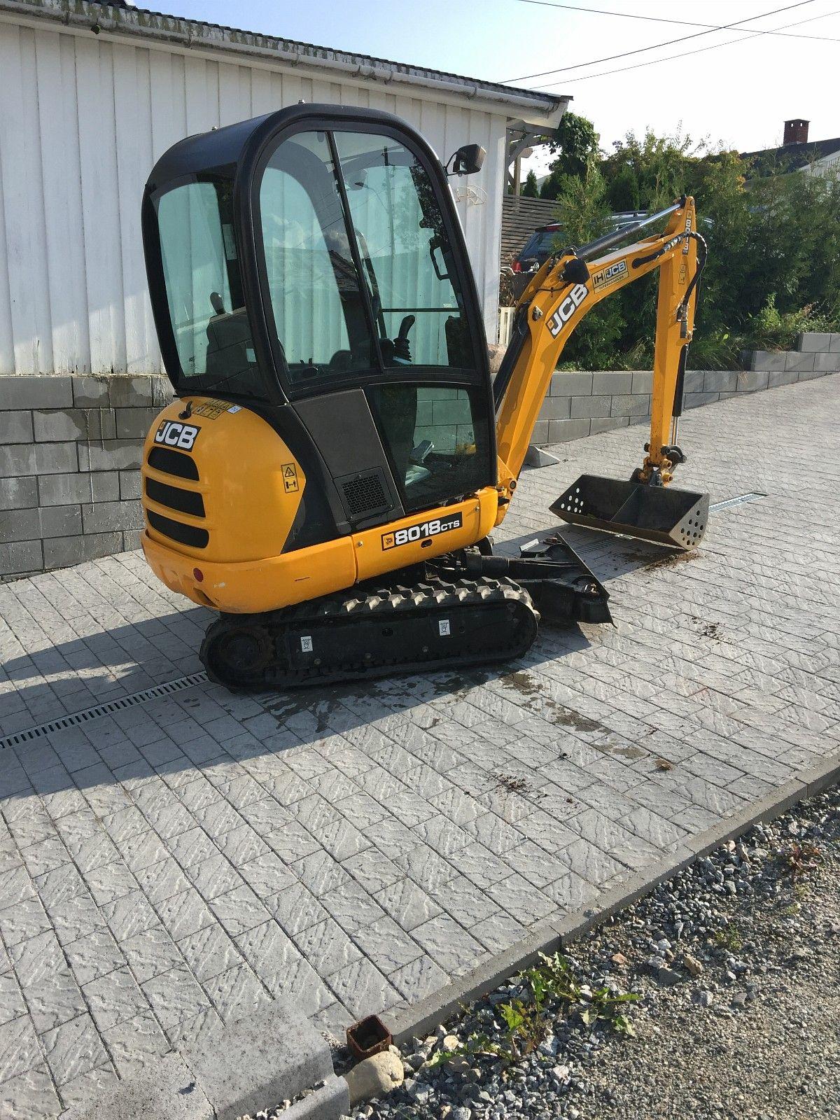 Mini escavatore JCB Mod.8018 in vendita - foto 2