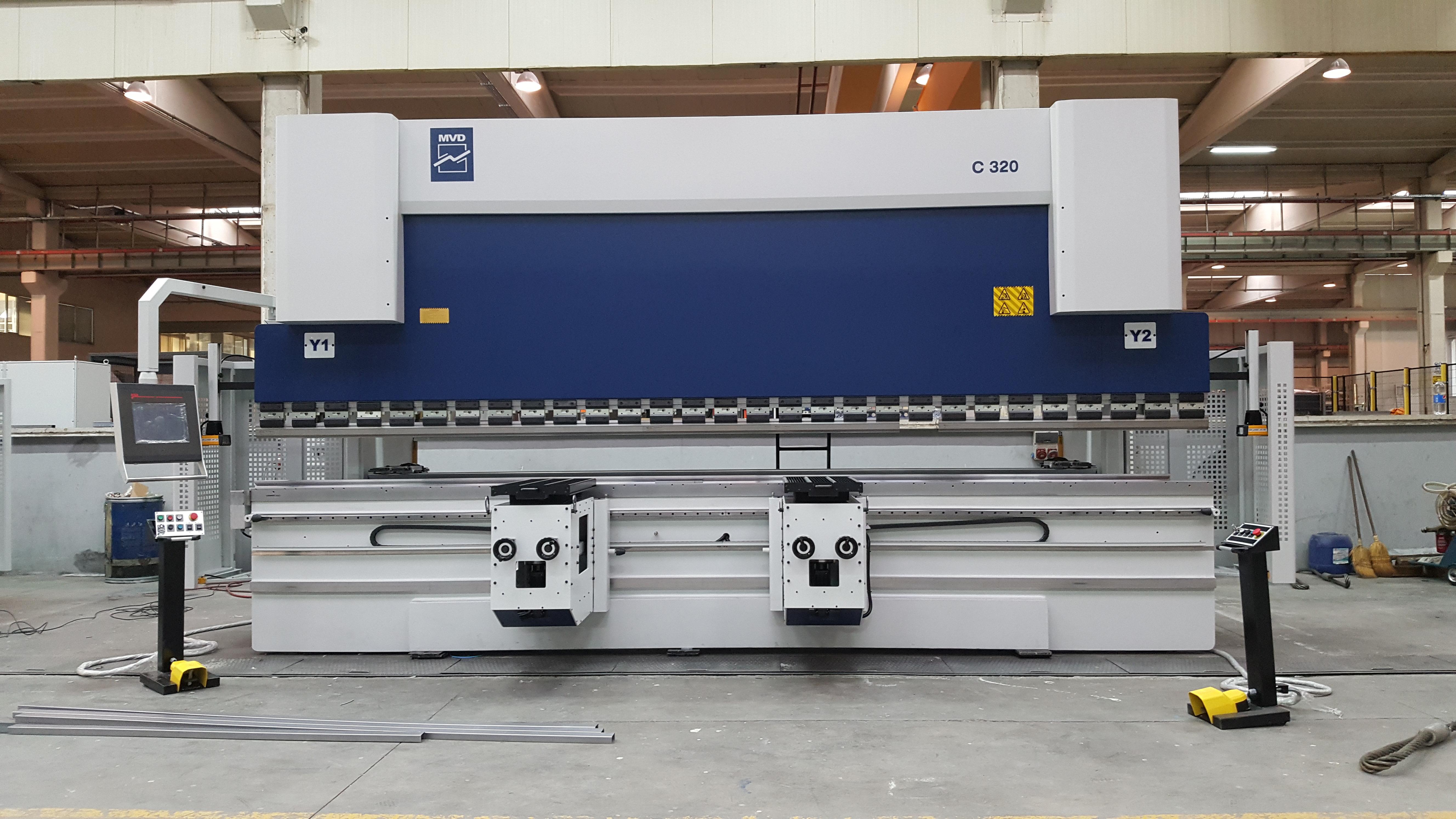 Pressa Piegatrice MVD 6100 X 400 TON CNC 7 assi in vendita - foto 1