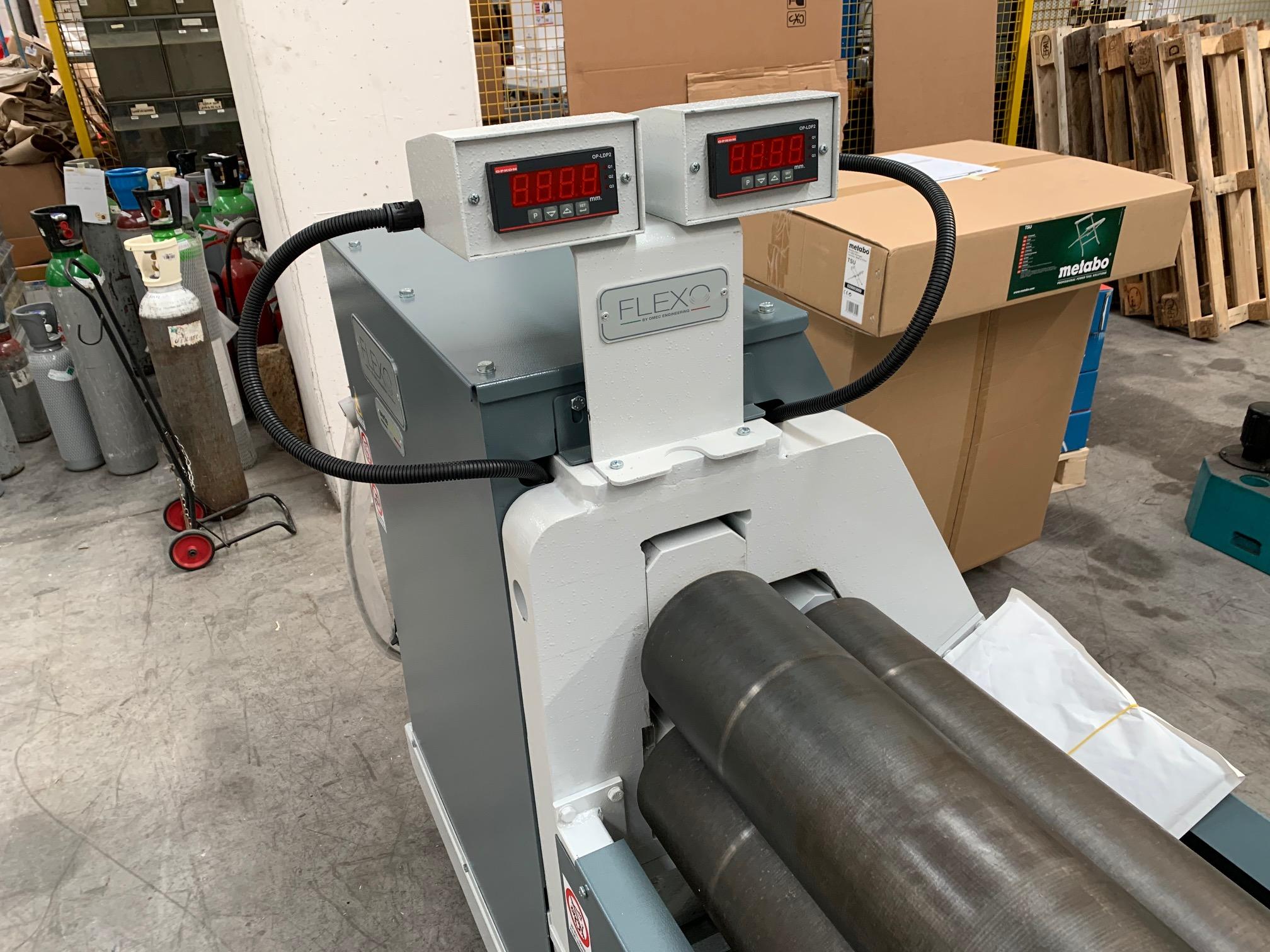 Calandra OMEC 2050 X 5 mm in vendita - foto 2
