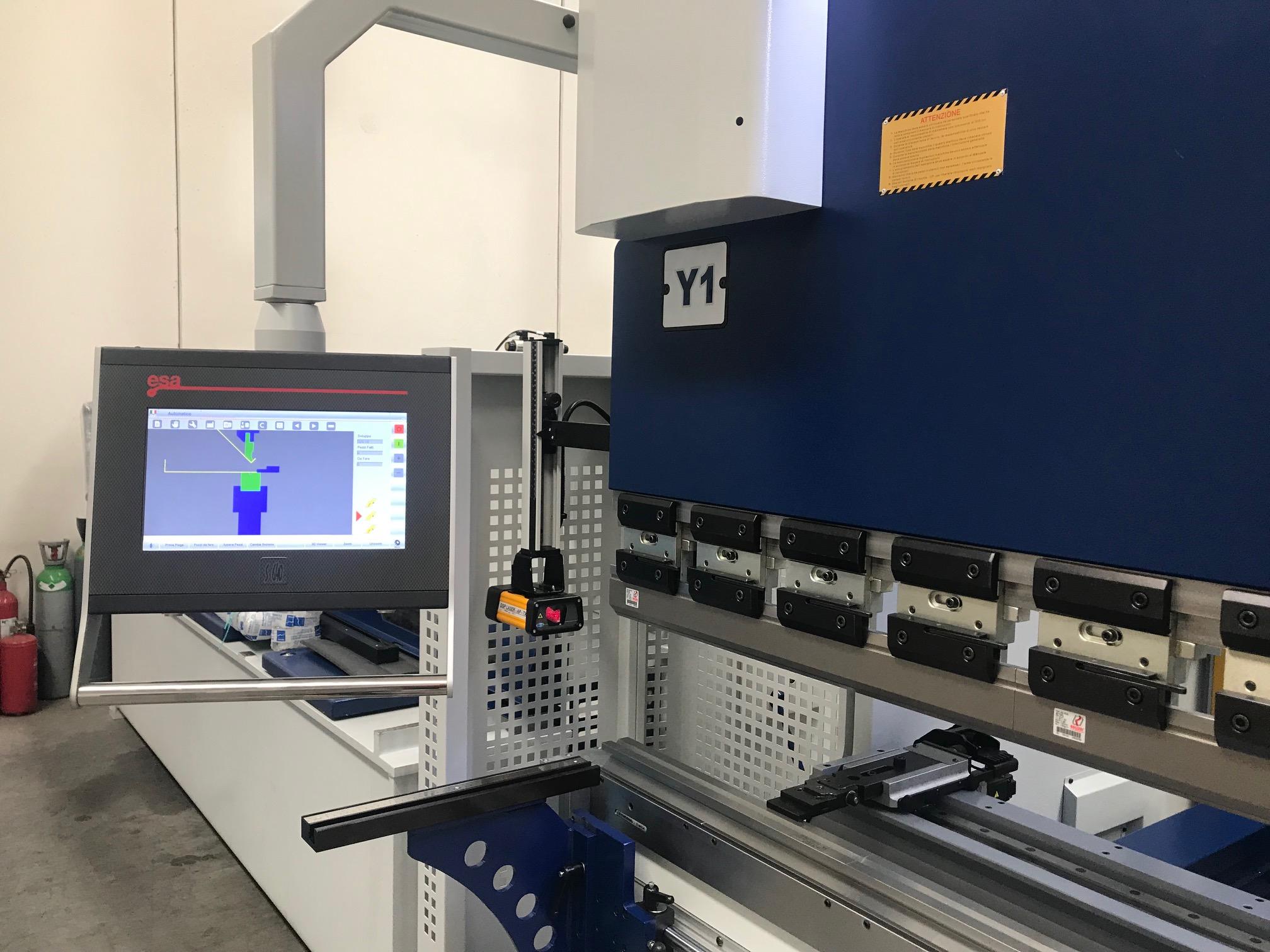 Pressa Piegatrice MVD 3100 X 175 Ton CNC 6 assi in vendita - foto 2