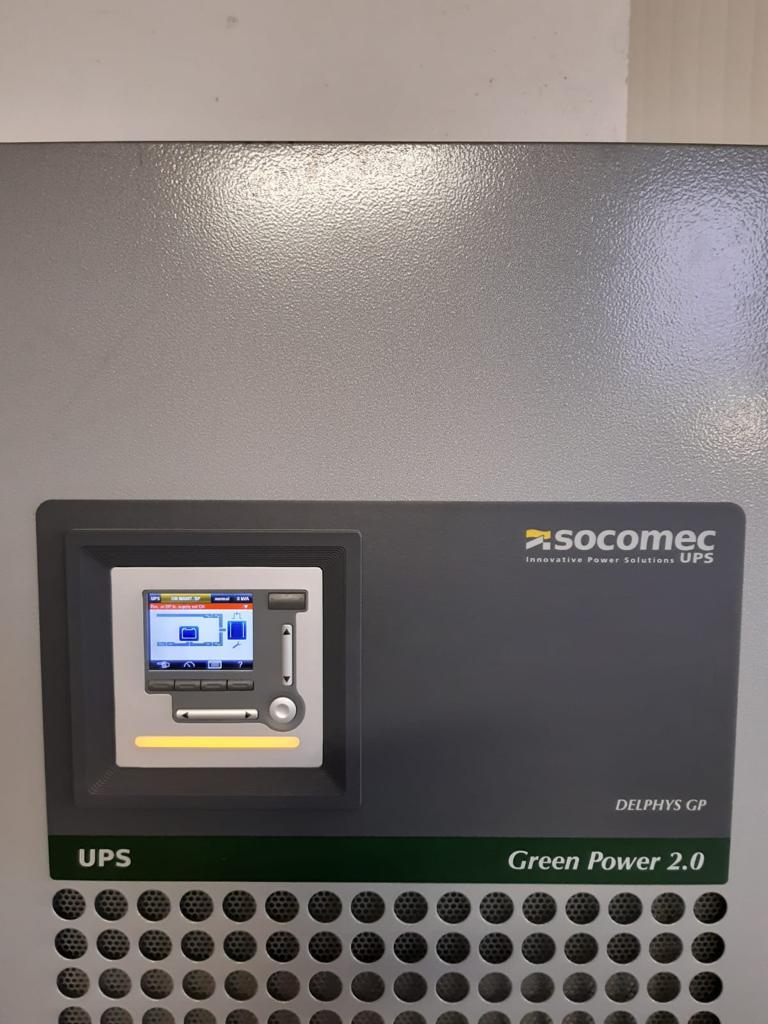 Gruppo di continuità trifase Socomec 200kVA con bypass in vendita - foto 3