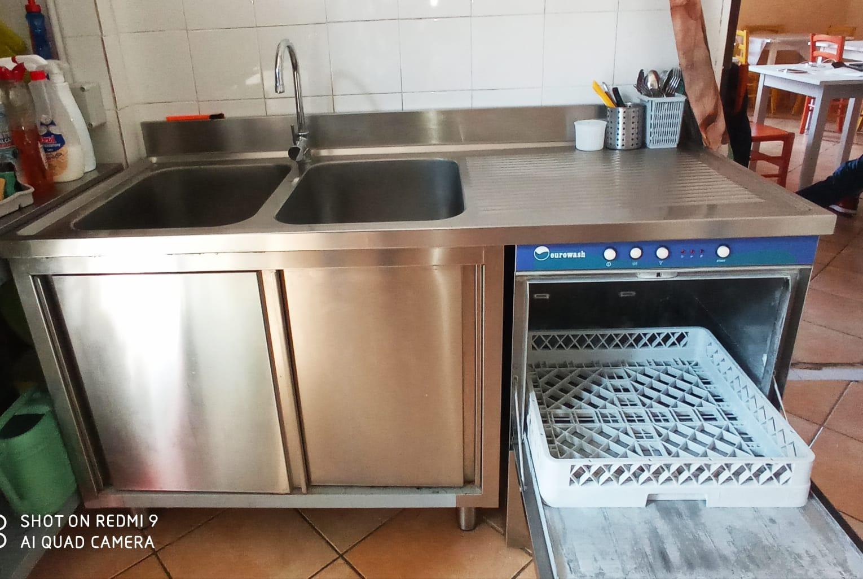 Vendo lavastoviglie professionale  in vendita - foto 2