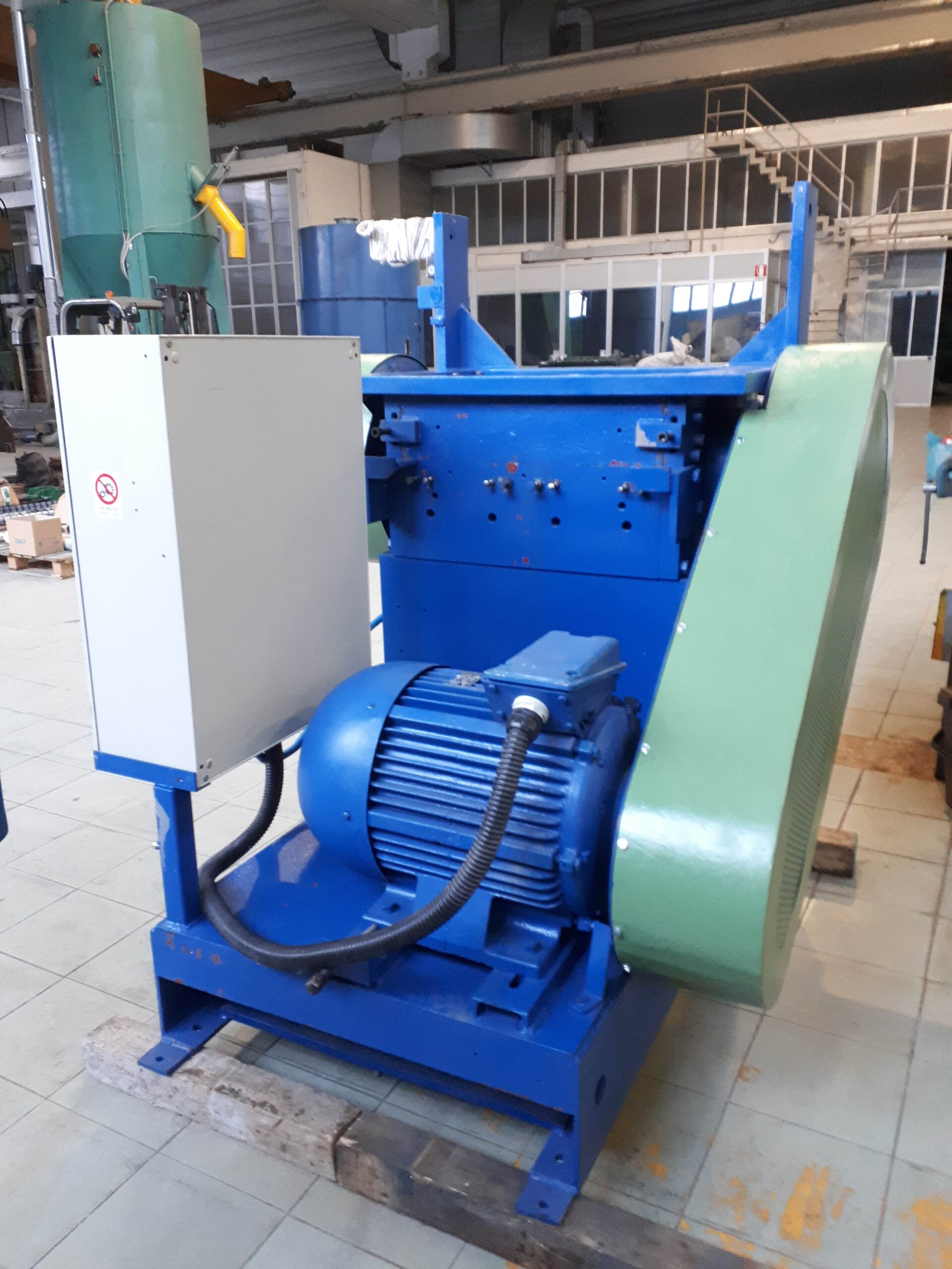 MULINO GRANULATORE 5-700 kg/h 37 kw in vendita - foto 1