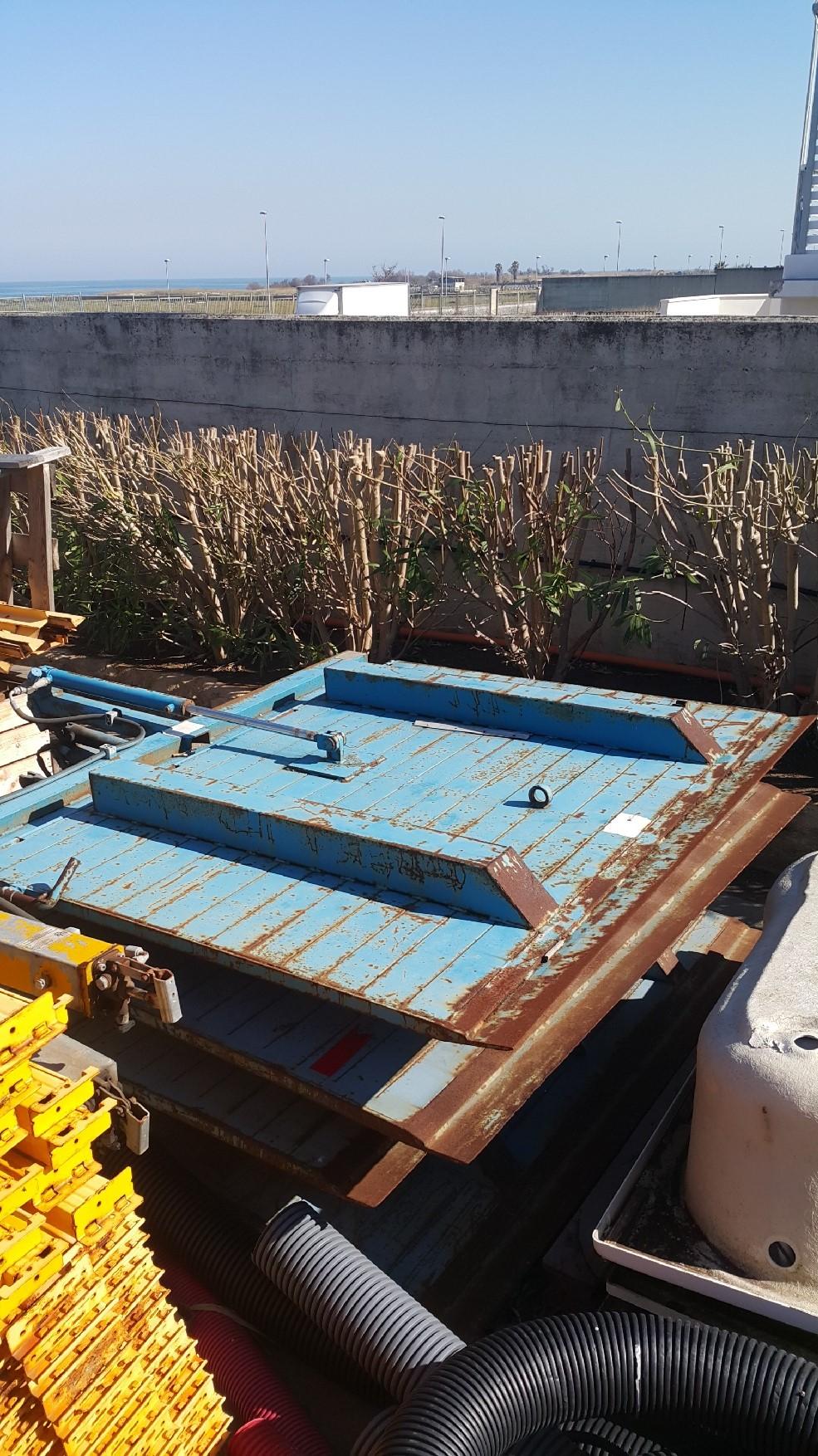 Rampe di carico complete di impianto idraulico in vendita - foto 1