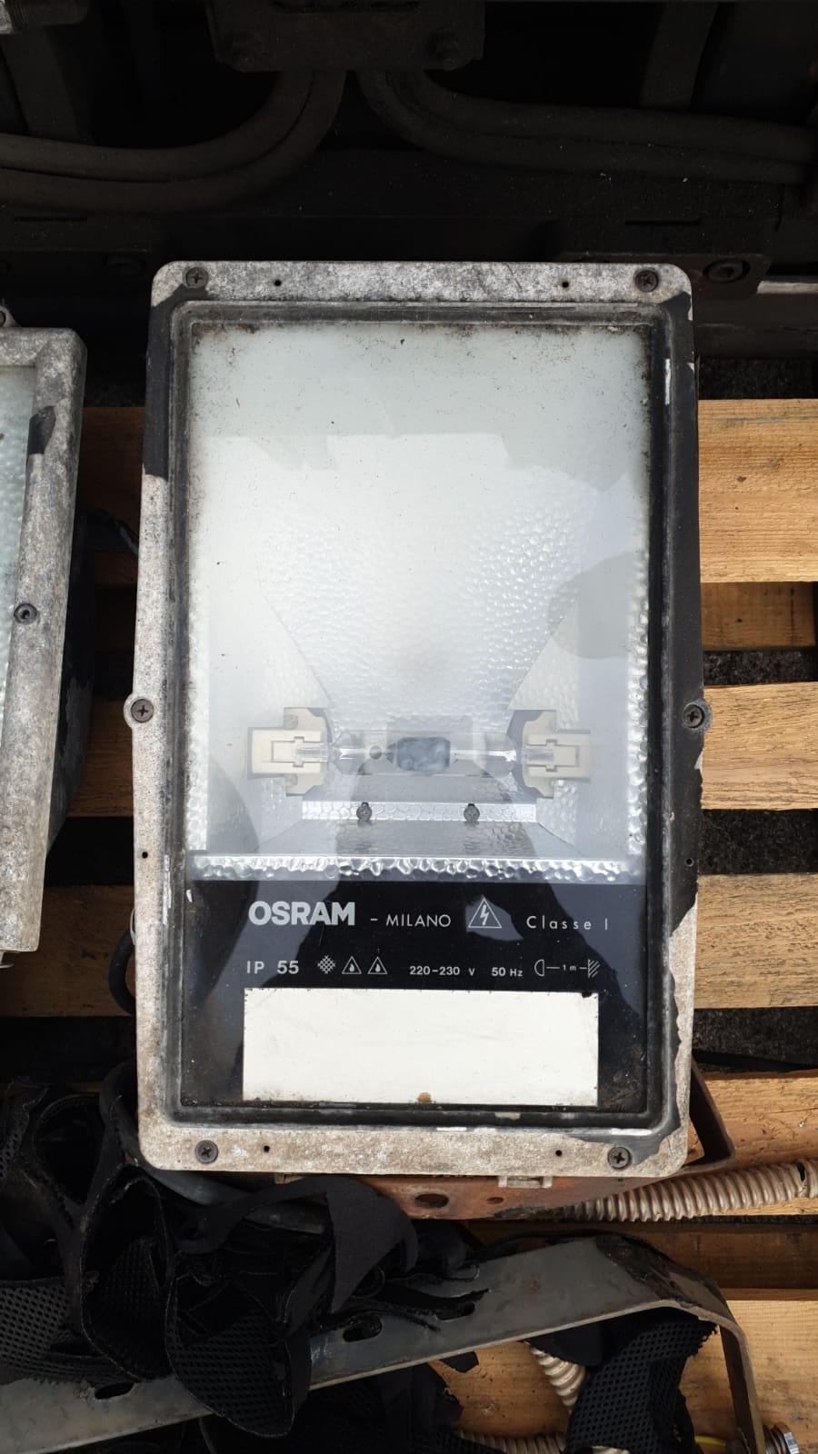 Lampioni illuminazione con lampade al quarzo 250W in vendita - foto 5