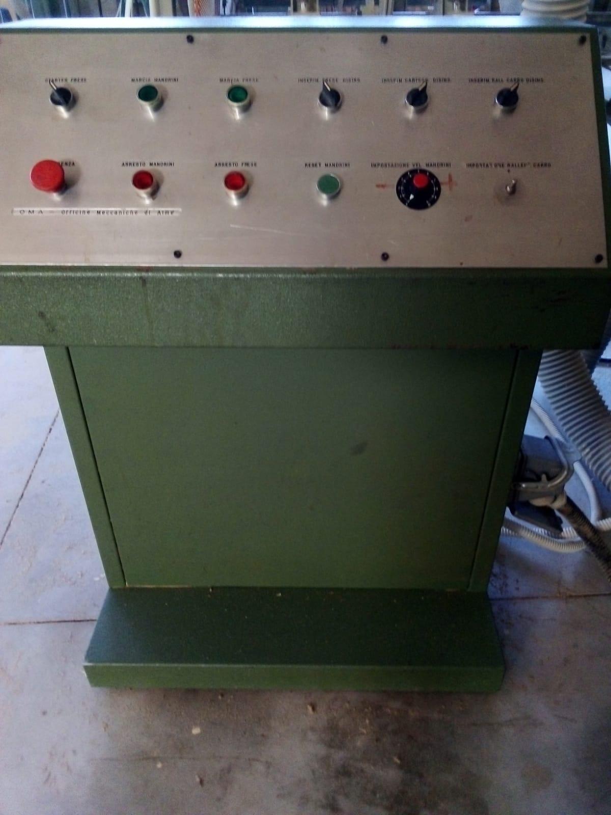 """Tornio per elementi sagomati in legno """" OMAB CG-90 """" in vendita - foto 3"""