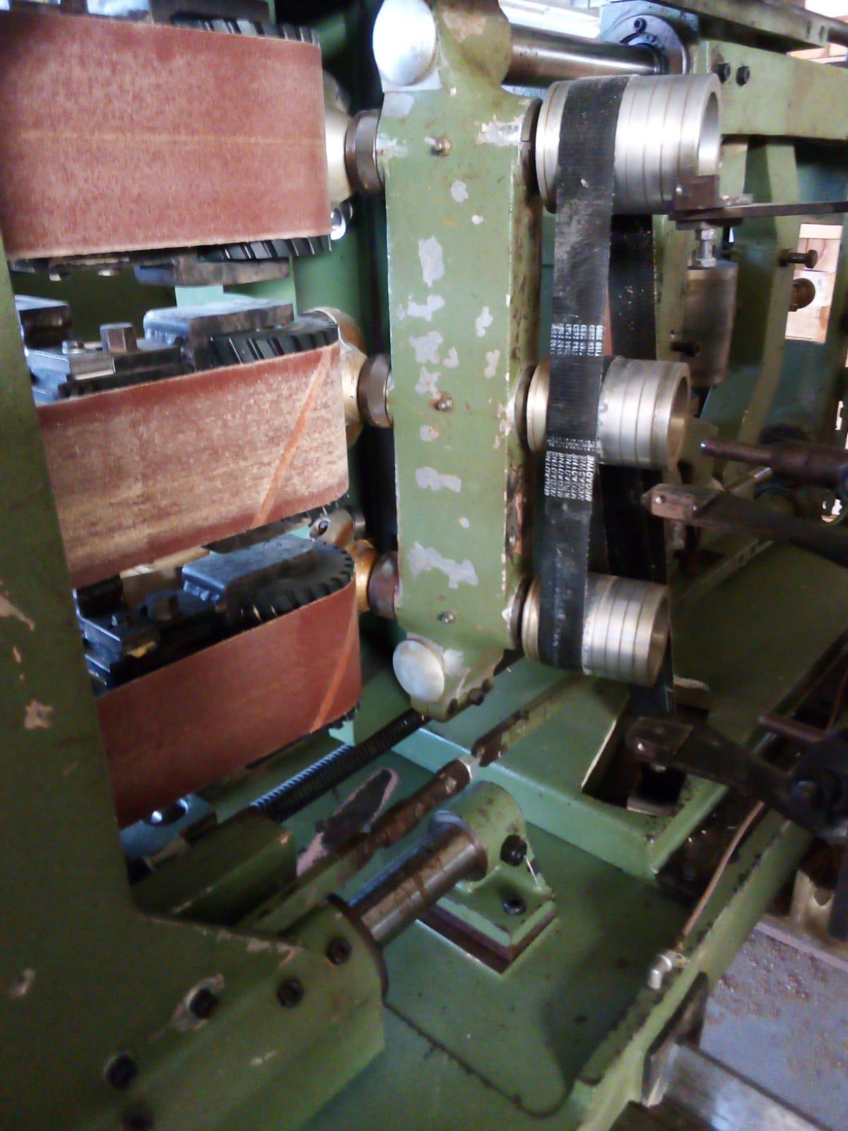 """Tornio per elementi sagomati in legno """" OMAB CG-90 """" in vendita - foto 6"""
