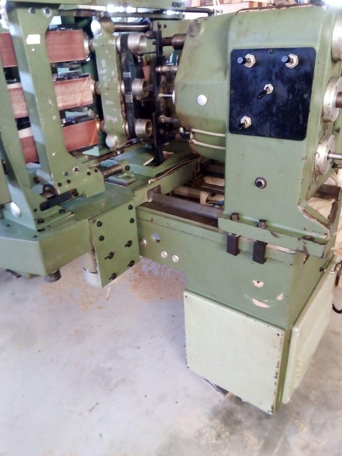 """Tornio per elementi sagomati in legno """" OMAB CG-90 """" in vendita - foto 4"""