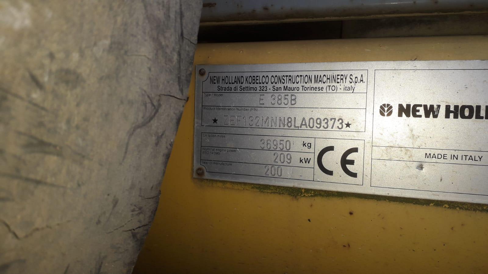 ESCAVATORE NEW HOLLAND E385 B in vendita - foto 2