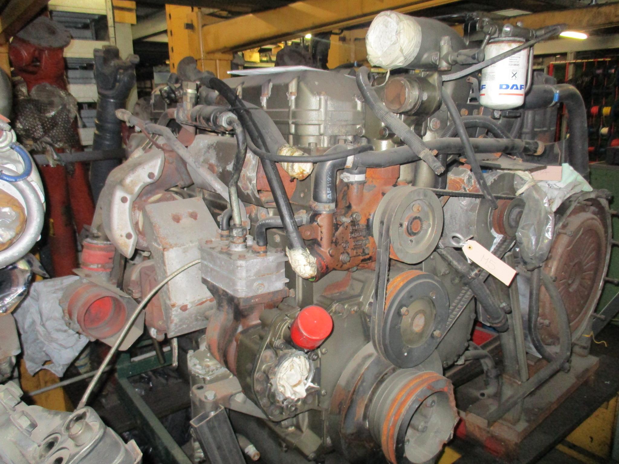 MOTORE DAF XF280M PULLMAN EURO 2 USATO in vendita - foto 1