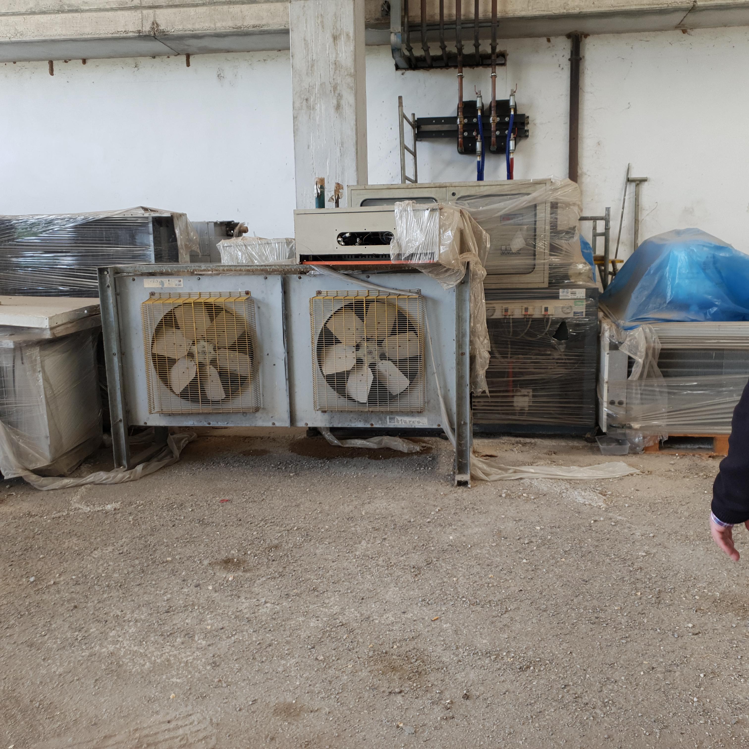 Impianto industriale di raffreddamento usato in vendita - foto 1