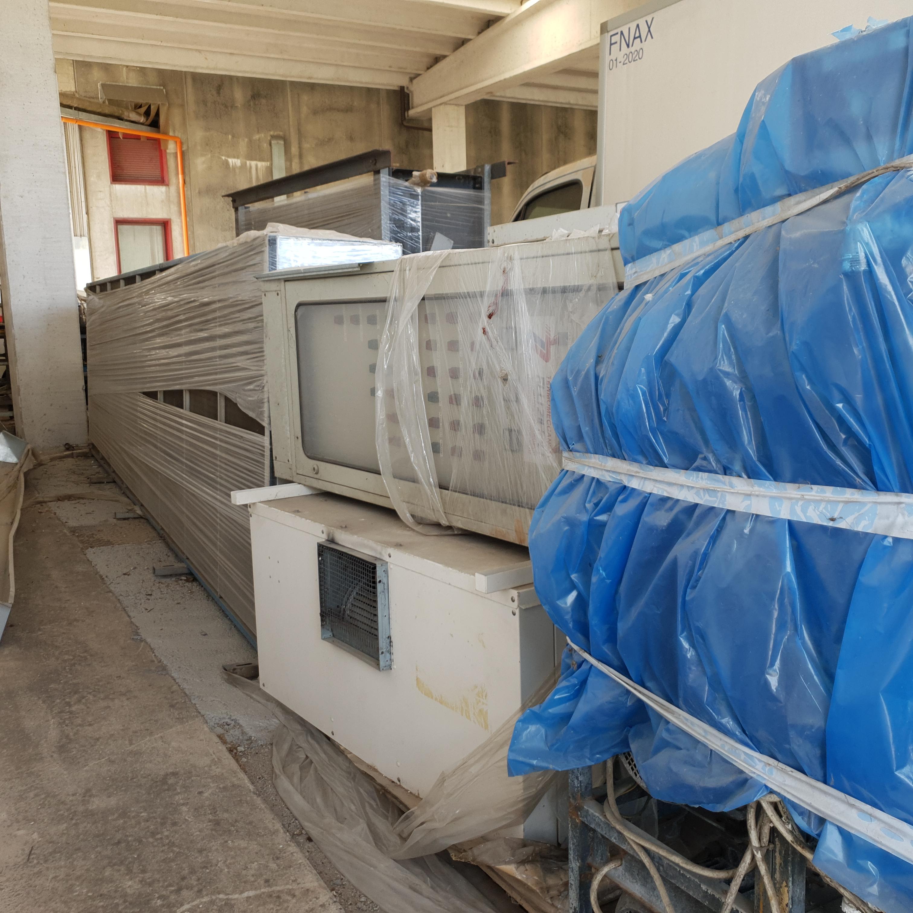 Impianto industriale di raffreddamento usato in vendita - foto 3