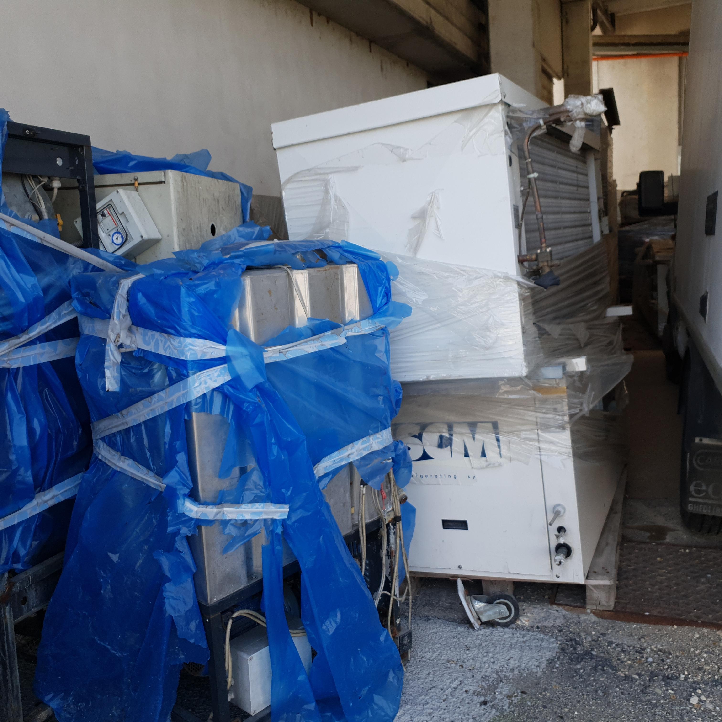 Impianto industriale di raffreddamento usato in vendita - foto 2