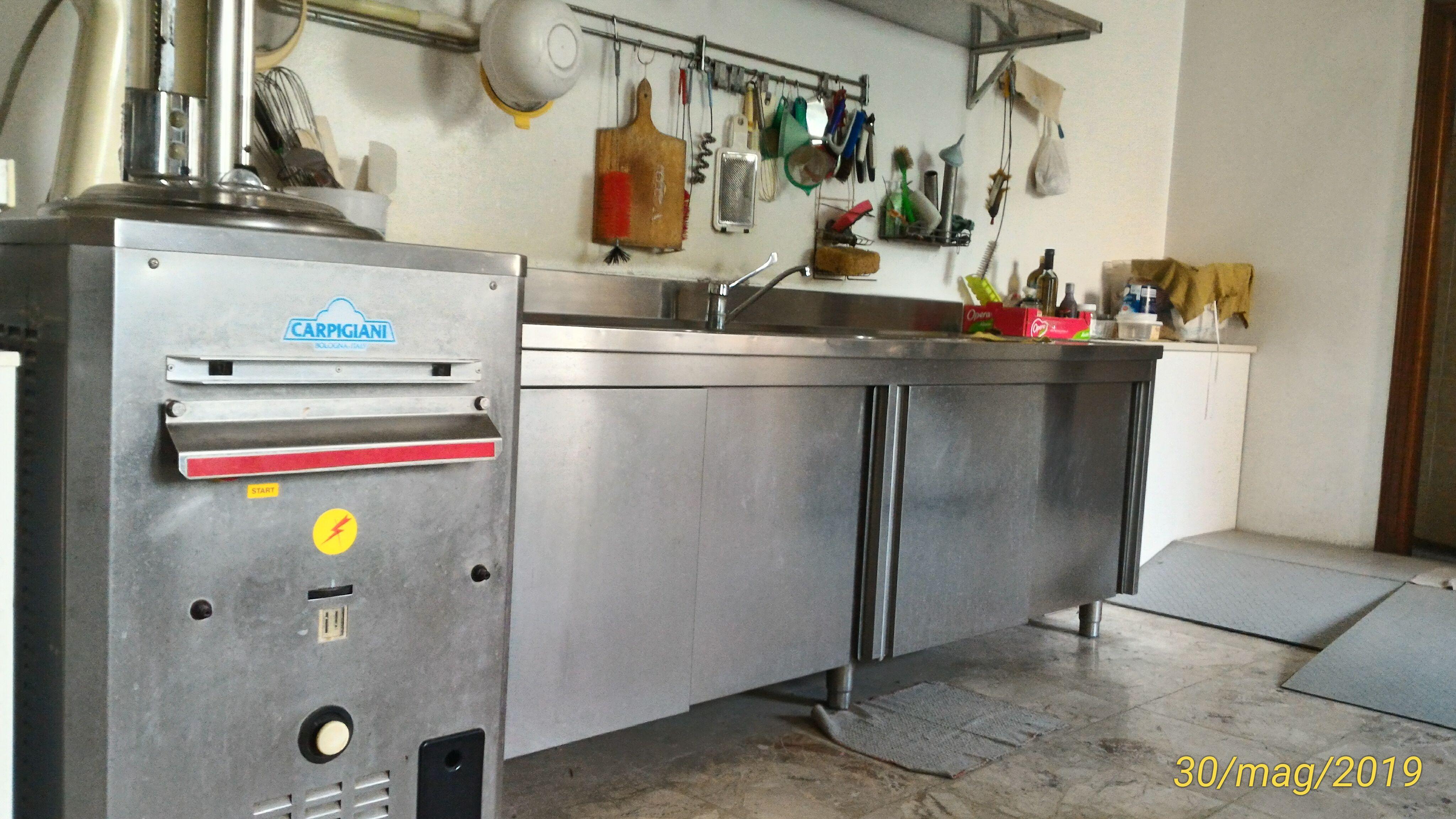 Vendo 2 Mantecatori + 2 Pastorizzatori + 3 frighi in vendita - foto 9