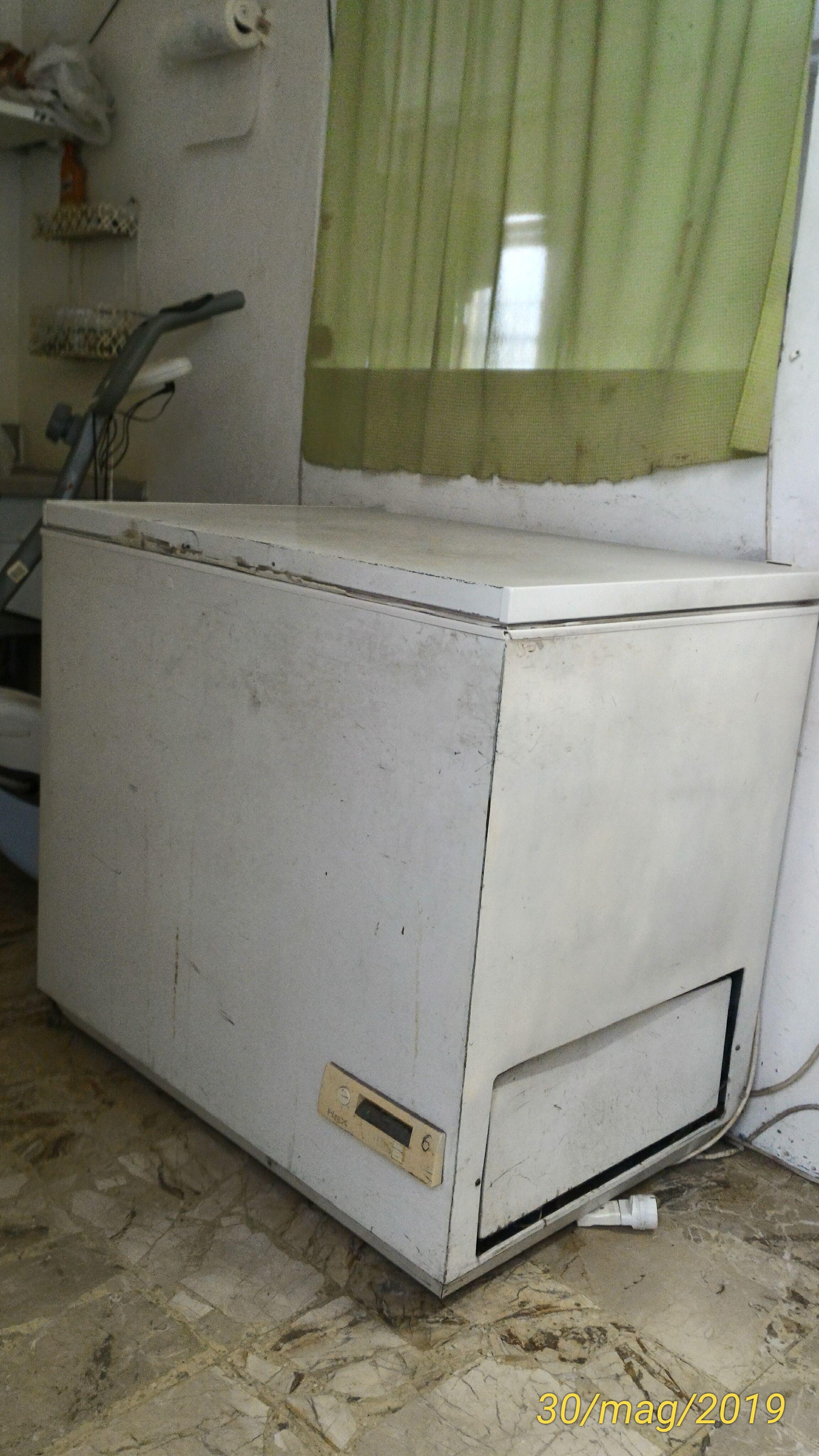 Vendo 2 Mantecatori + 2 Pastorizzatori + 3 frighi in vendita - foto 5