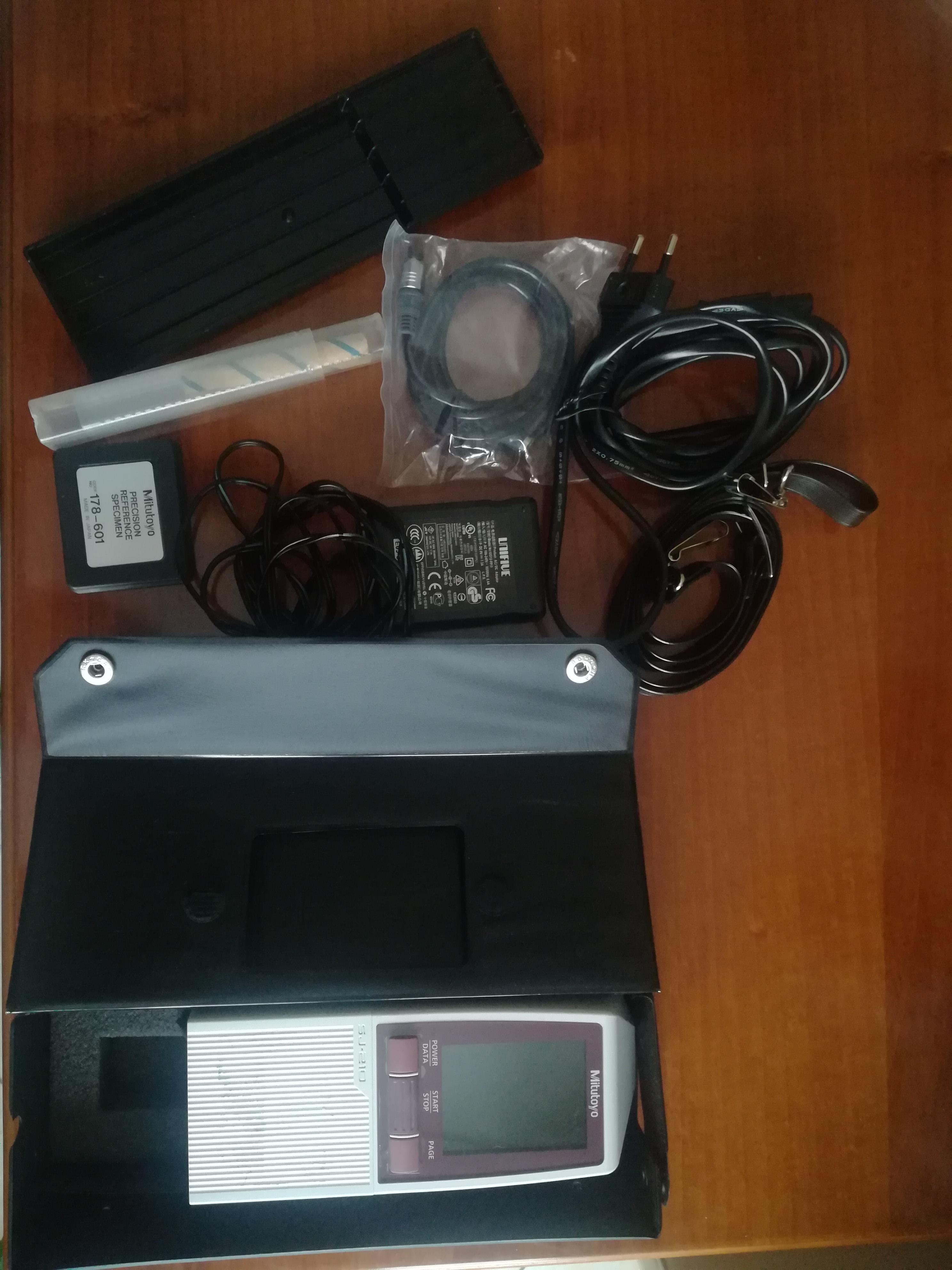 Rugosimetro portatile Sj-210 in vendita - foto 1