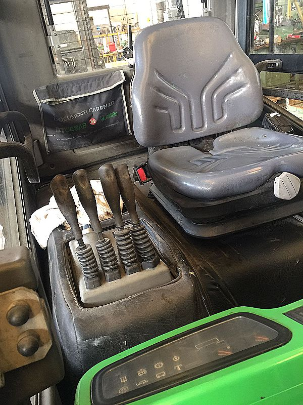 Carrello elevatore 30 quintali Diesel in vendita - foto 3