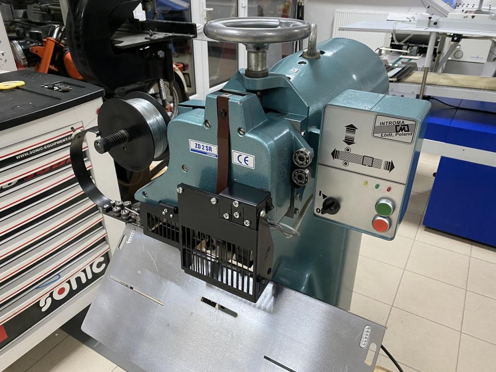 Wire stitcher Introma ZD-2SR in vendita - foto 3
