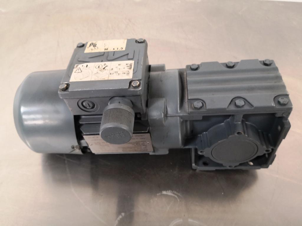 MOTORIDUTTORE – SEW-USOCOME  (COD. RIC-MOT-39) in vendita - foto 2