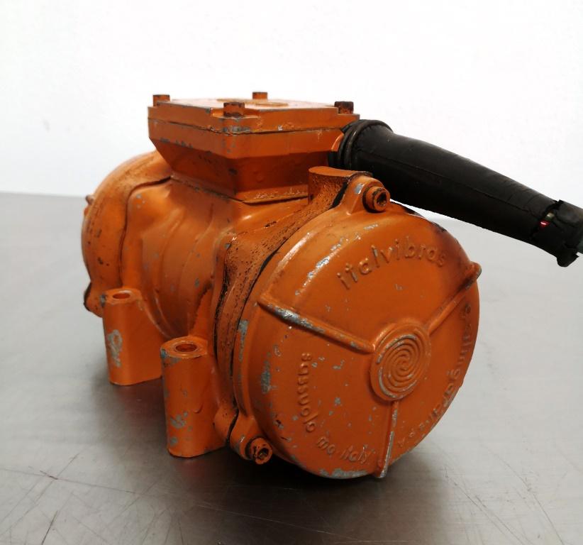 MOTOVIBRATORE ELETTRICO – ITALVIBRAS (COD. RIC-MOT-31) in vendita - foto 4