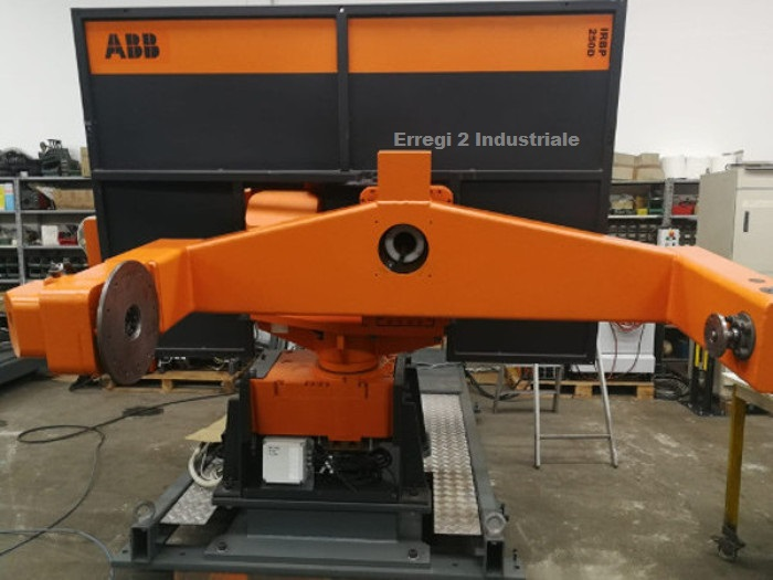 Isola Robot ABB per saldatura mig mag in vendita - foto 2