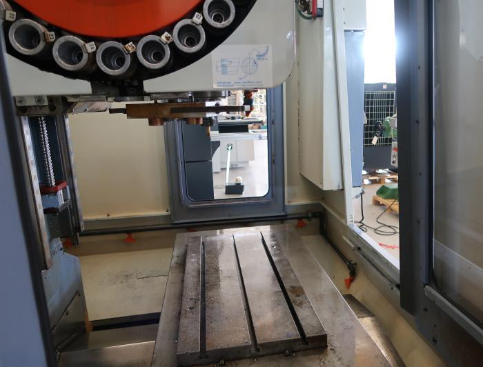 Centro di Lavoro usato FAMUP MC60E in vendita - foto 8