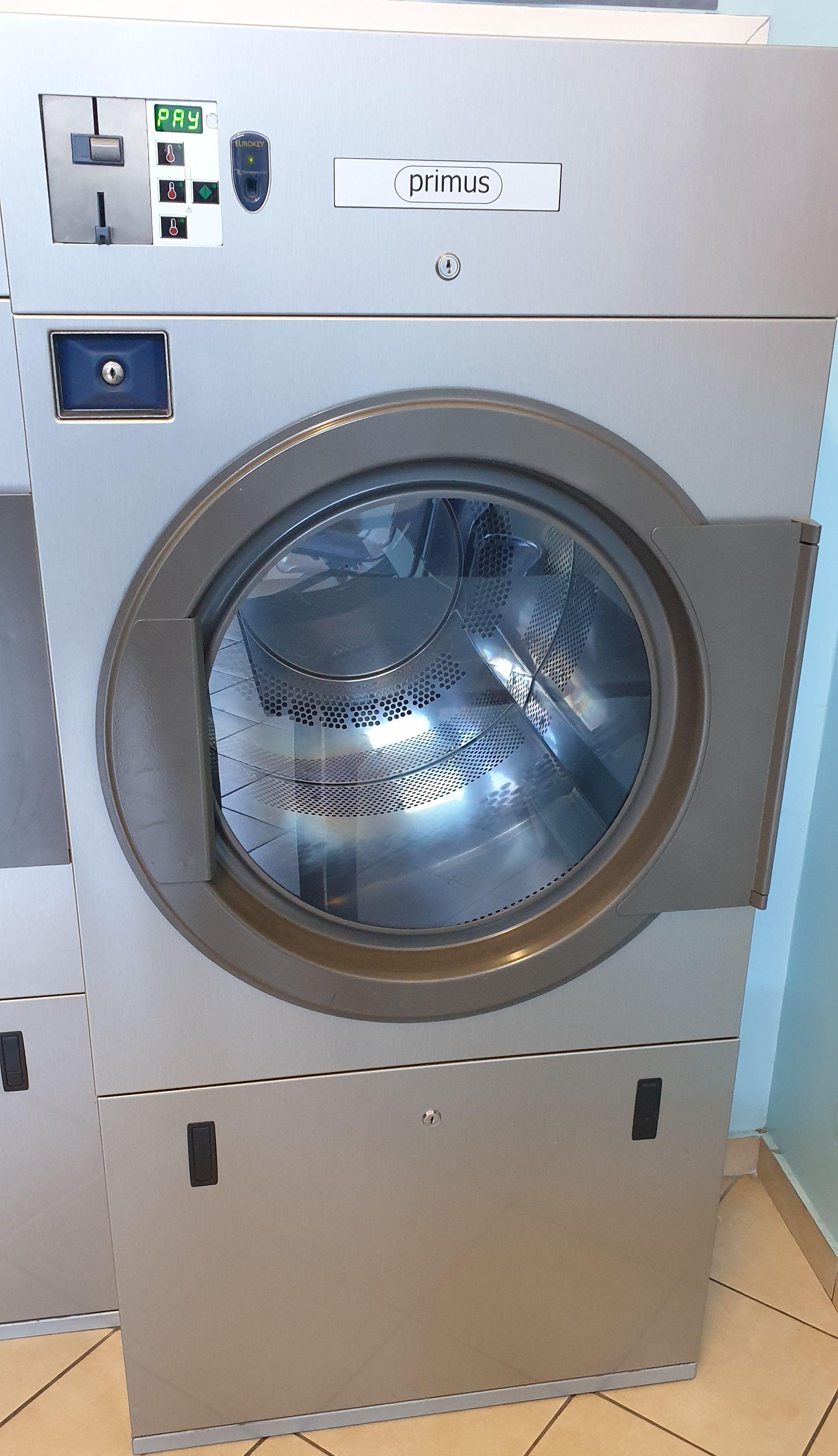 Attrezzatura completa per lavanderia self-service in vendita - foto 4