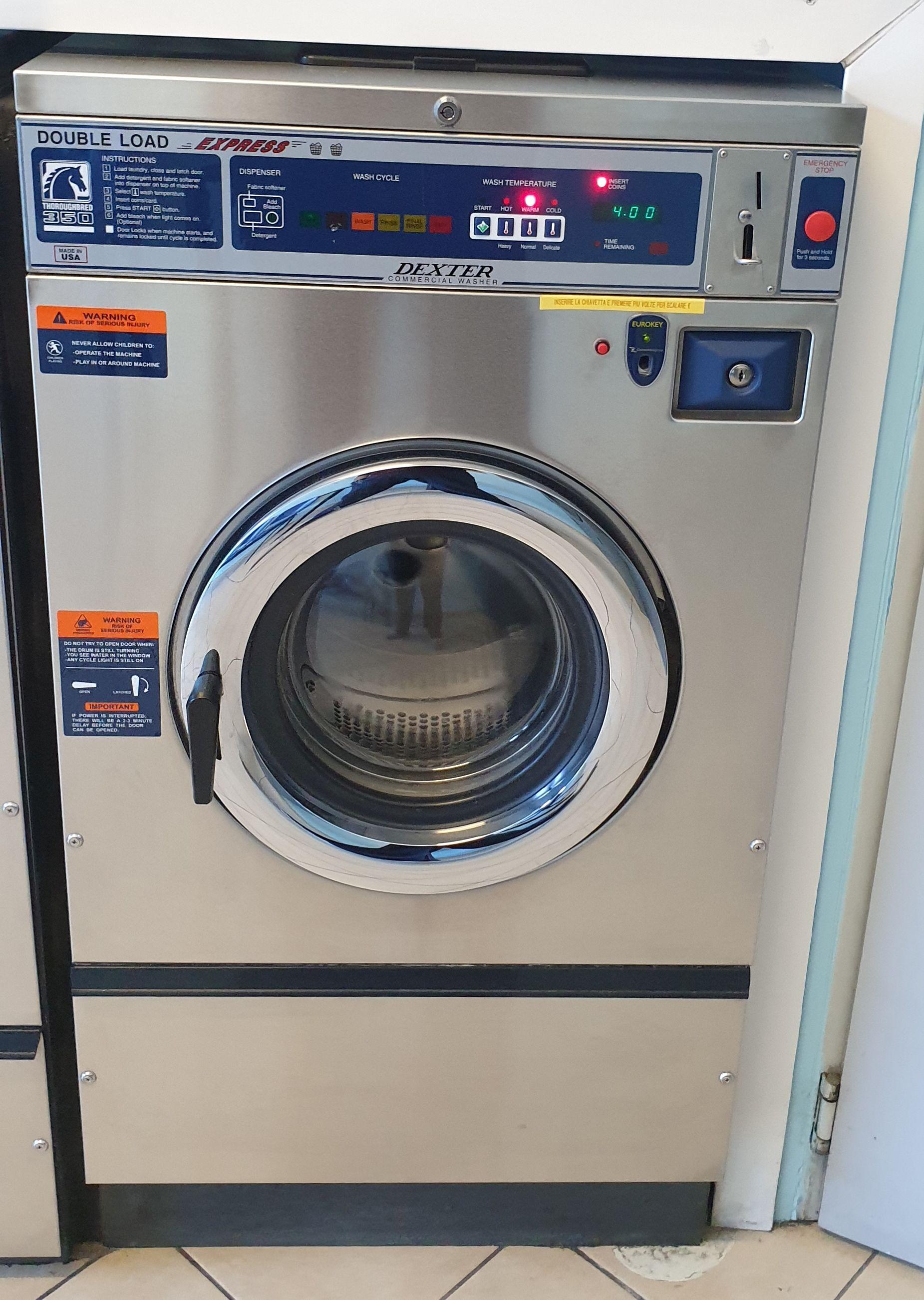 Attrezzatura completa per lavanderia self-service in vendita - foto 2