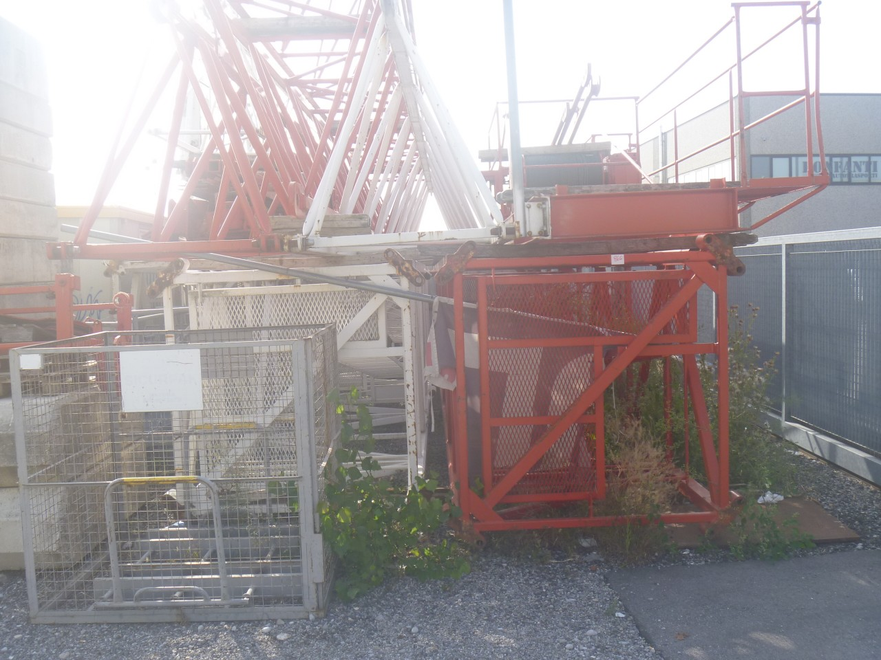 GRU LIEBHERR 50 MT – H. 35 MT in vendita - foto 1