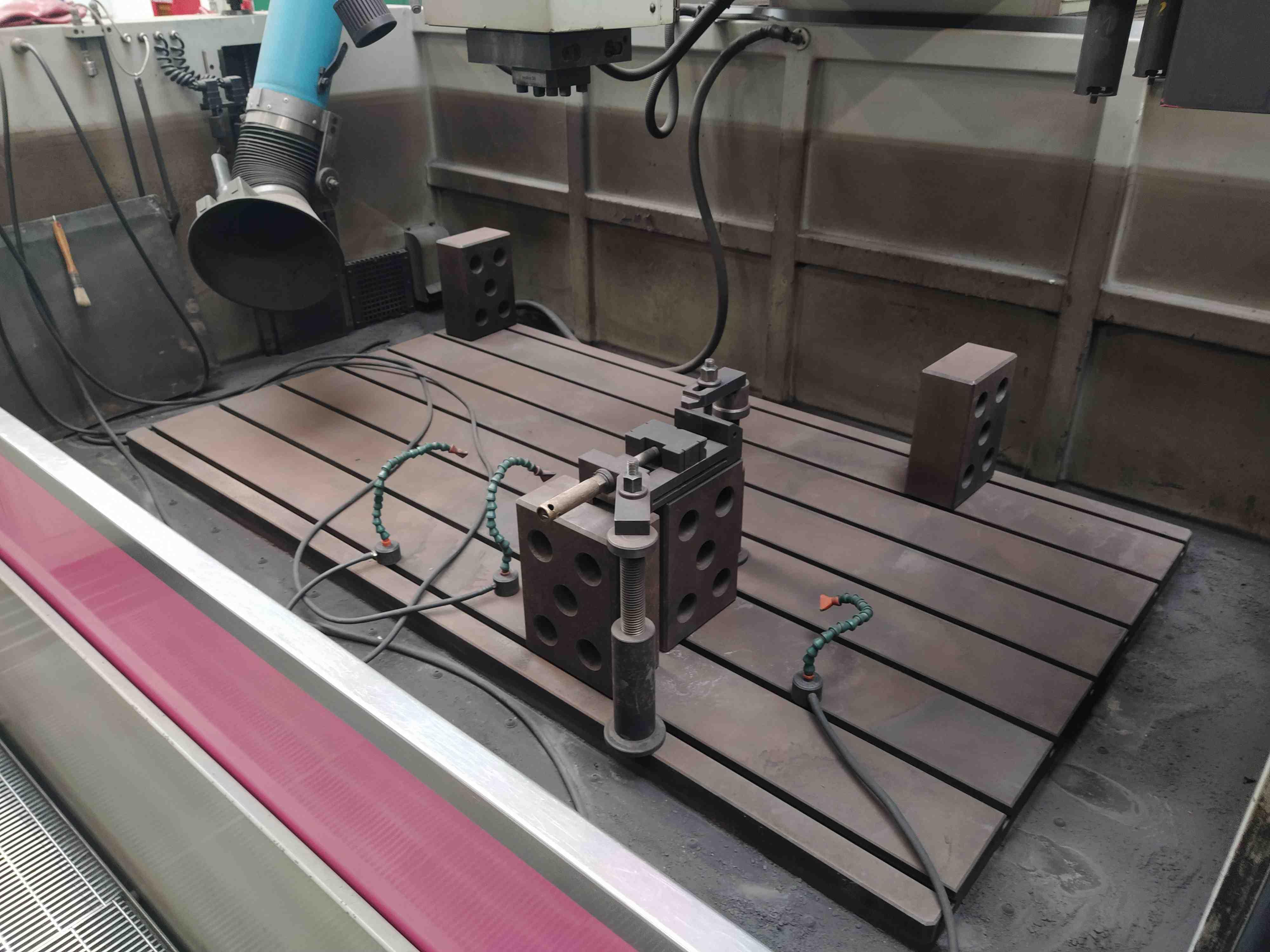 Elettroerosione a CNC CDM Rovella BF 1300 ZENIT in vendita - foto 4
