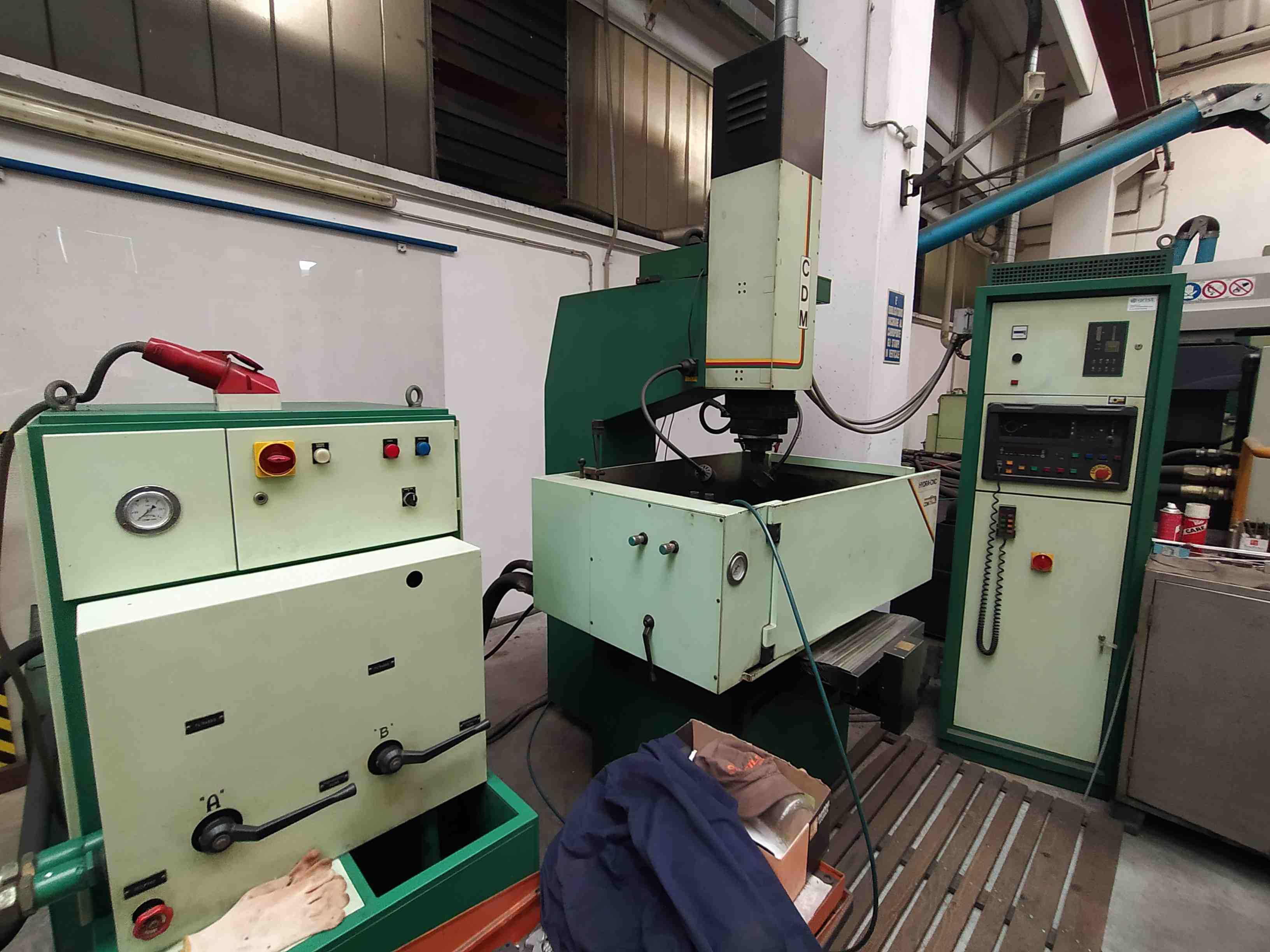 Elettroerosione a CNC CDM Rovella HYDRA in vendita - foto 1