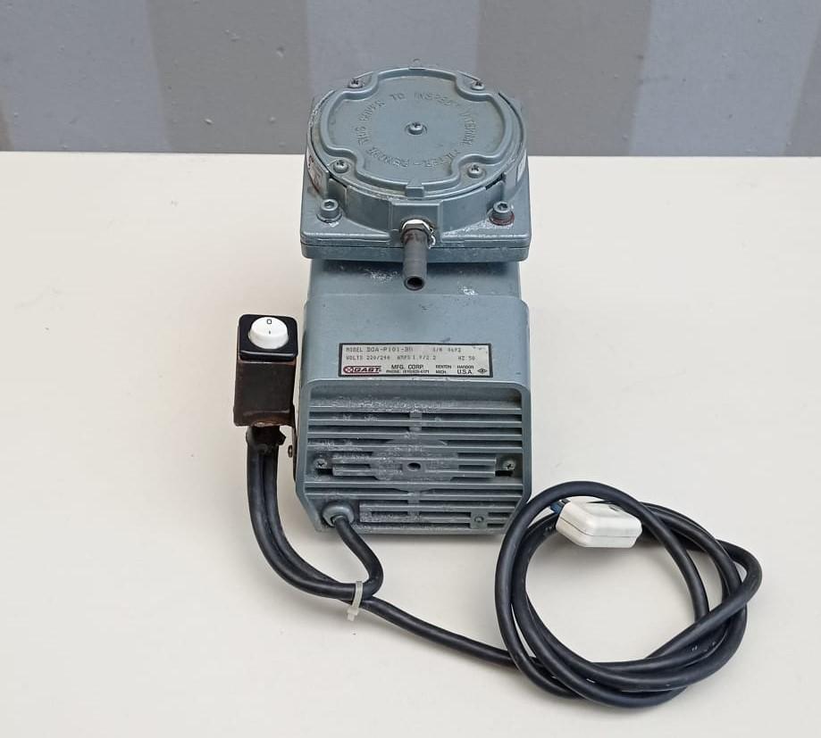 Pompa per vuoto - GAST mod. DOA-P101-BN in vendita - foto 3