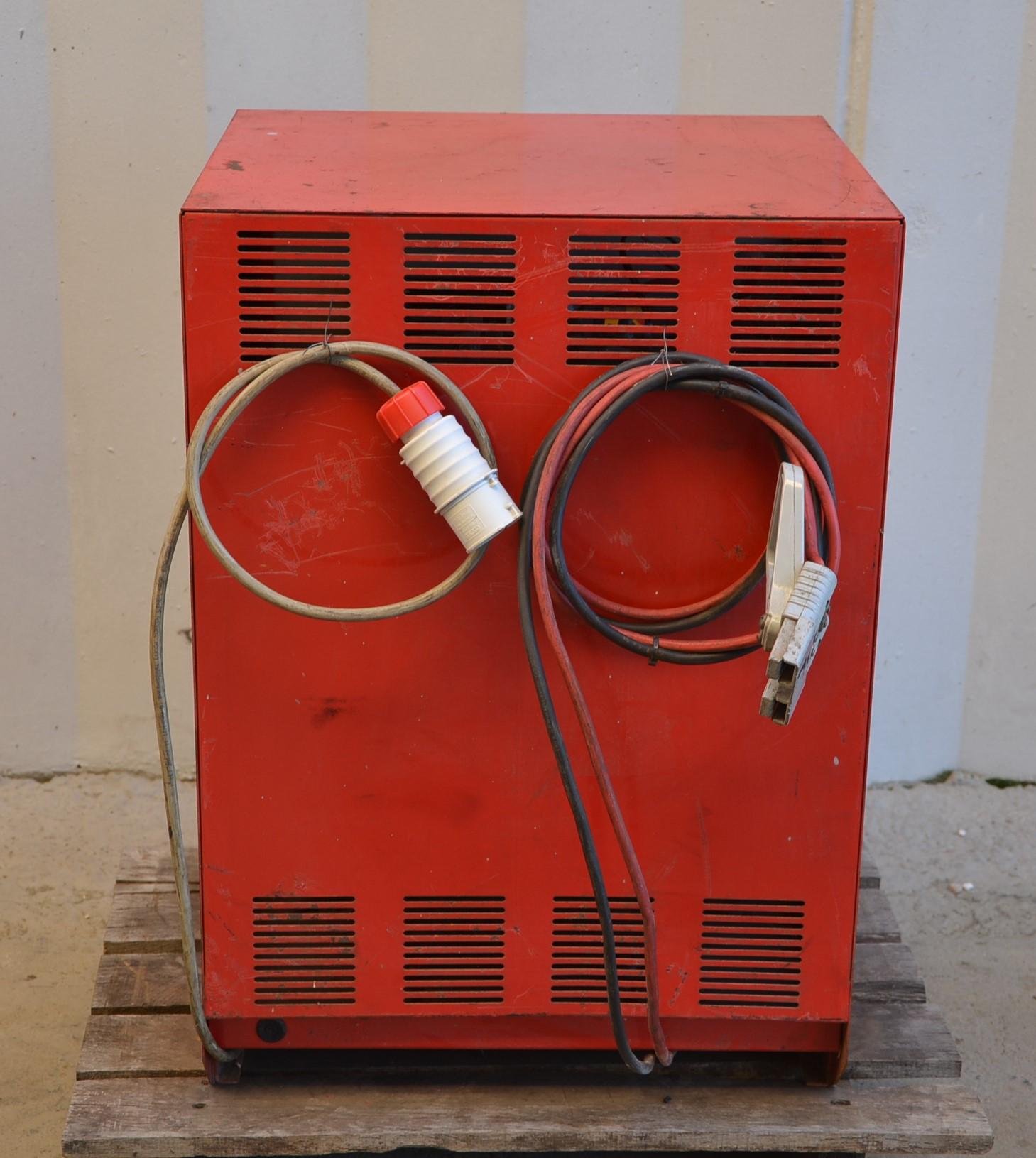 Caricabatterie 36V - Mori Raddrizzatori mod. MDA3680T in vendita - foto 3