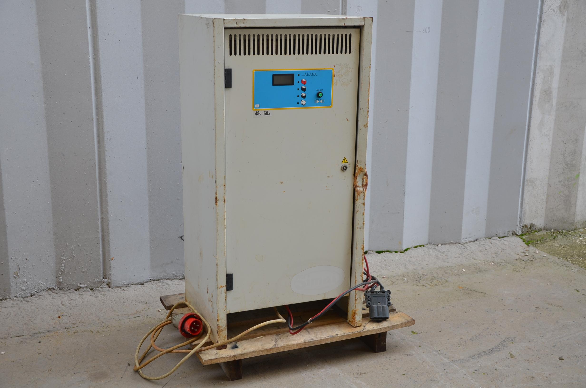 Caricabatterie muletto 48V - P.B.M. SPA in vendita - foto 2