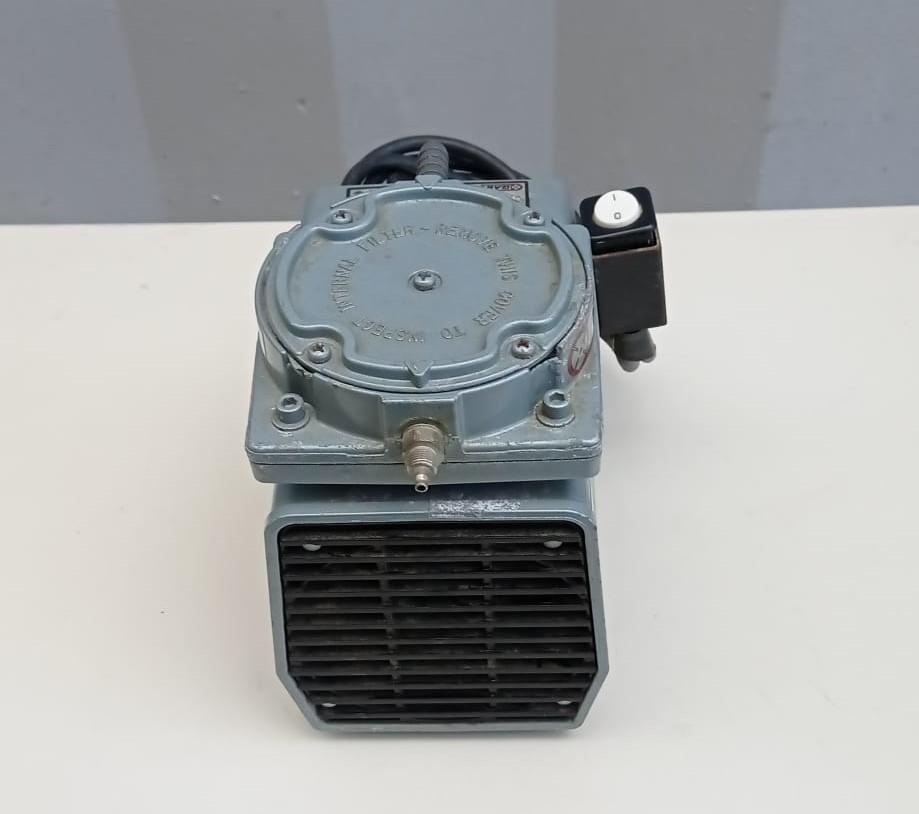 Pompa per vuoto - GAST mod. DOA-P101-BN in vendita - foto 4