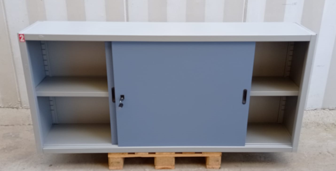 Mobile armadio in metallo in vendita - foto 2
