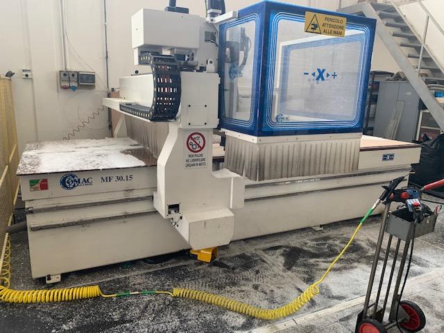 CENTRO DI LAVORO CNC COMAC 3015 in vendita - foto 1