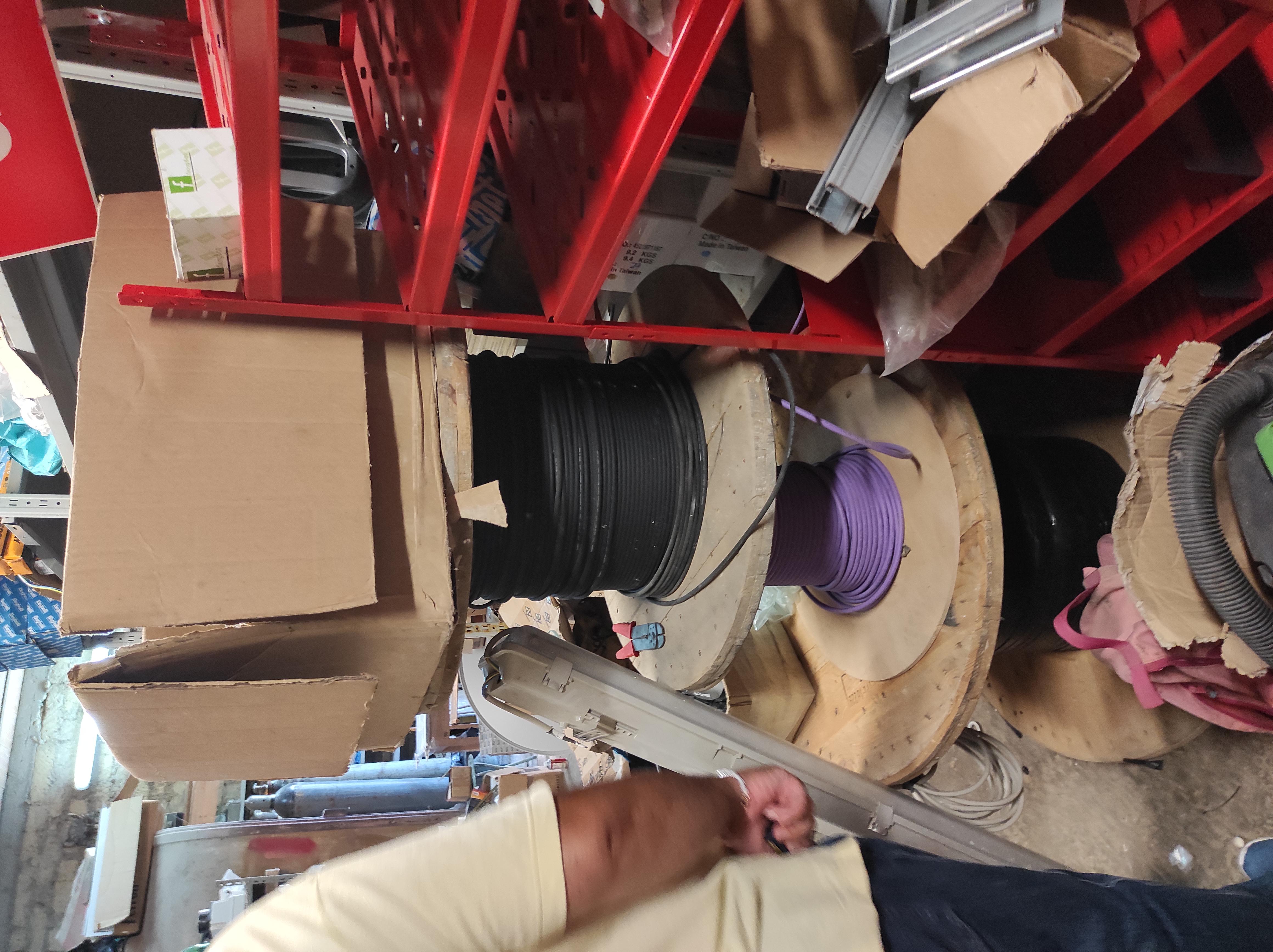 Vendo oltre n. 1000 pezzi di minutaglie per impianti in vendita - foto 9