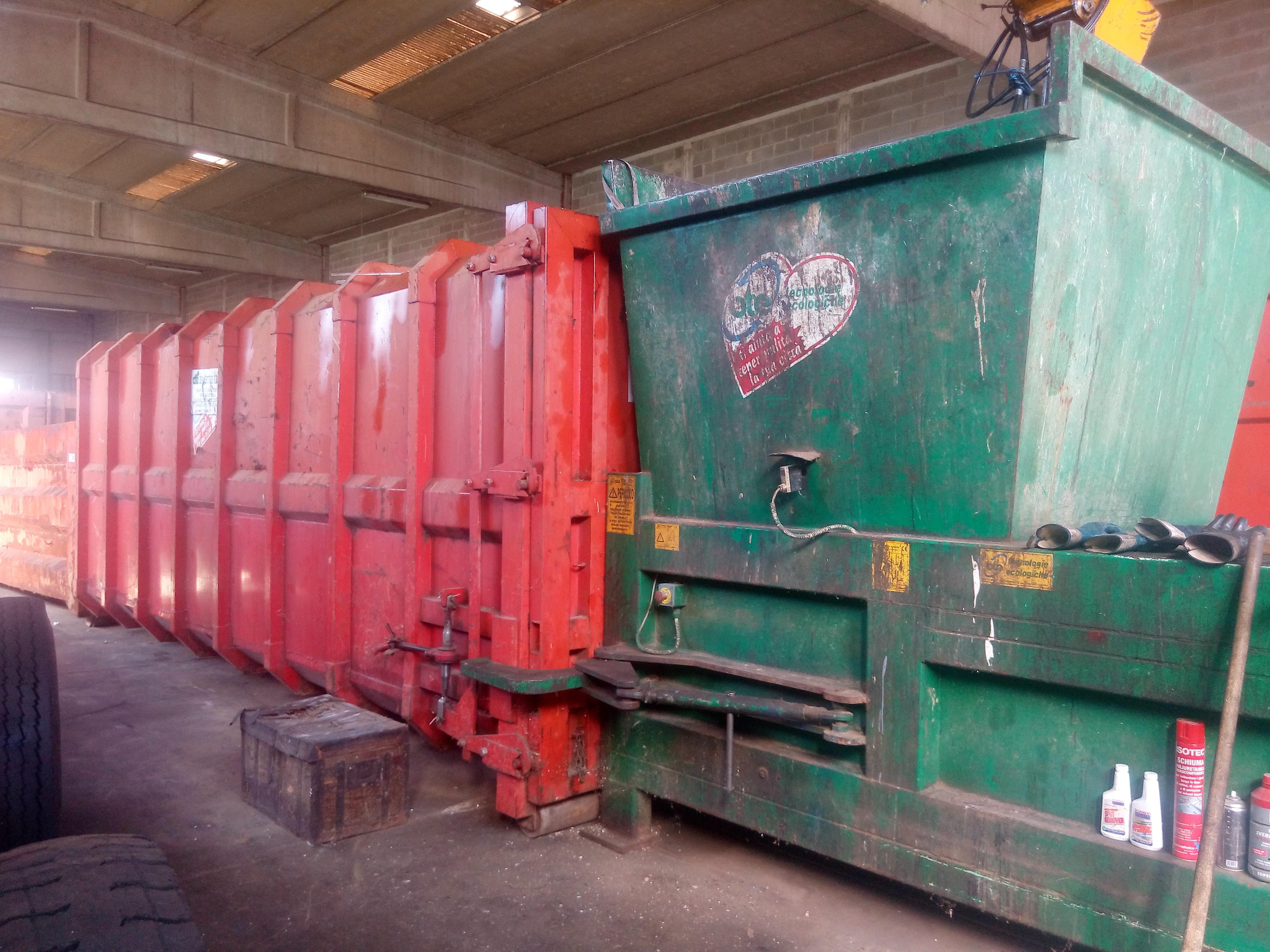 Presse per rifiuti in vendita