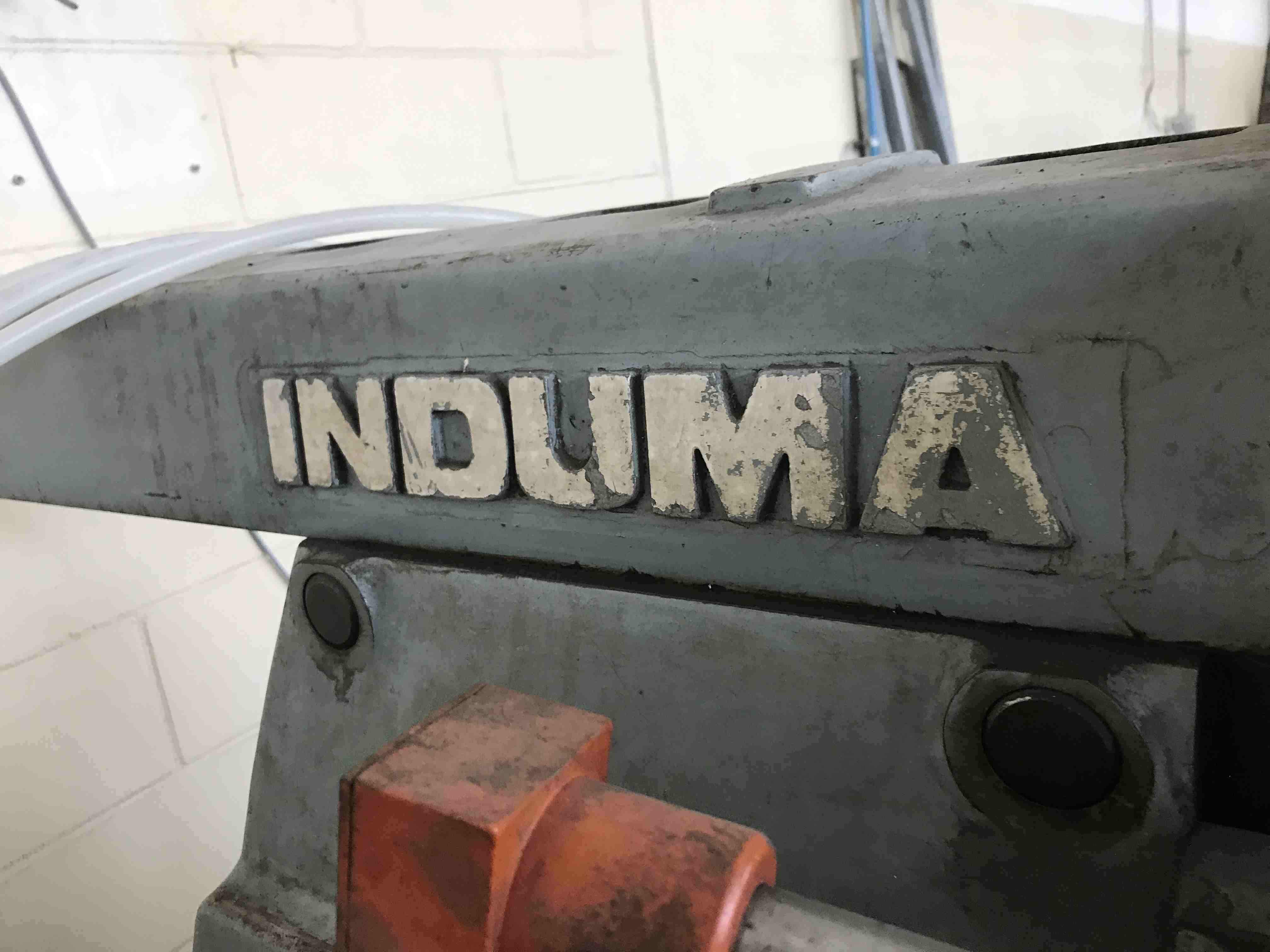 Fresatrice Induma in vendita - foto 1