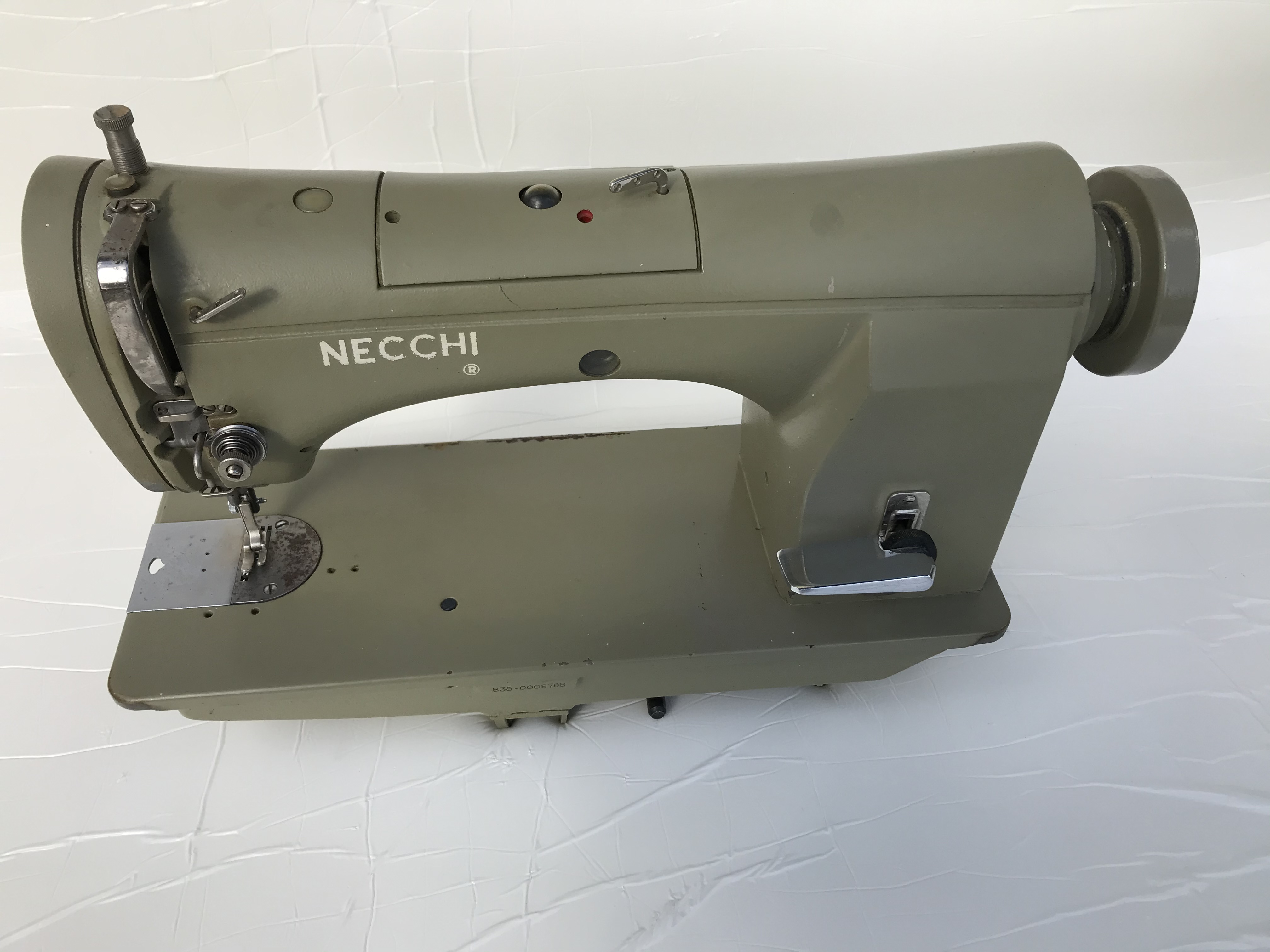 NECCHI 835-100 Macchina da cucire sartoria in vendita - foto 1