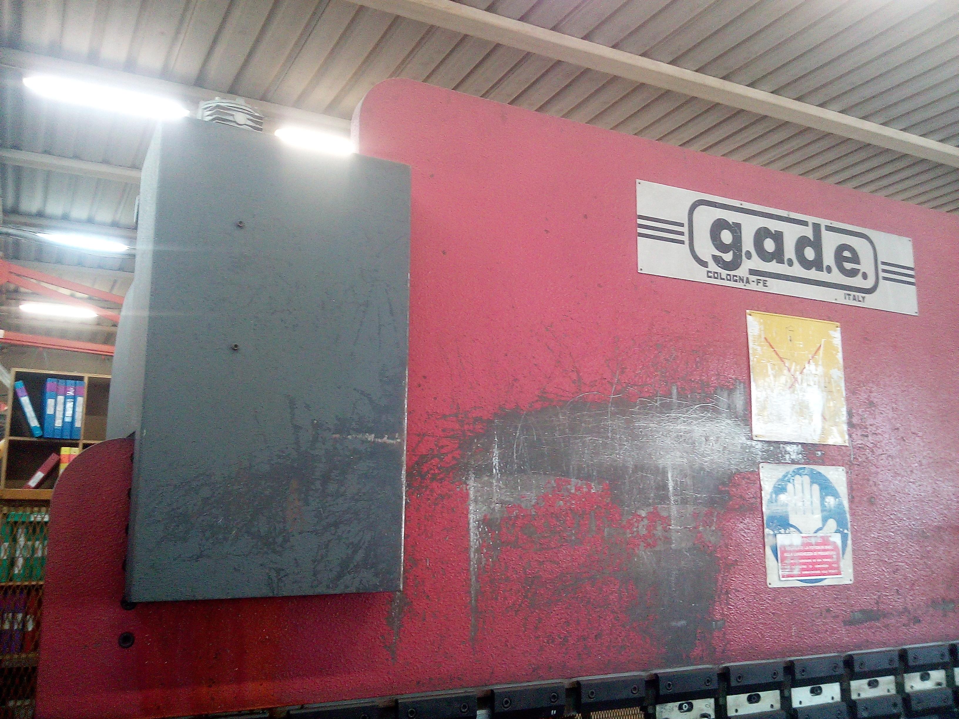 PRESSA PIEGATRICE GADE in vendita - foto 4