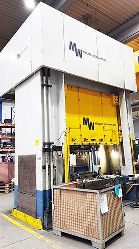 Pressa Idraulica Muller 400 T - CE in vendita - foto 1