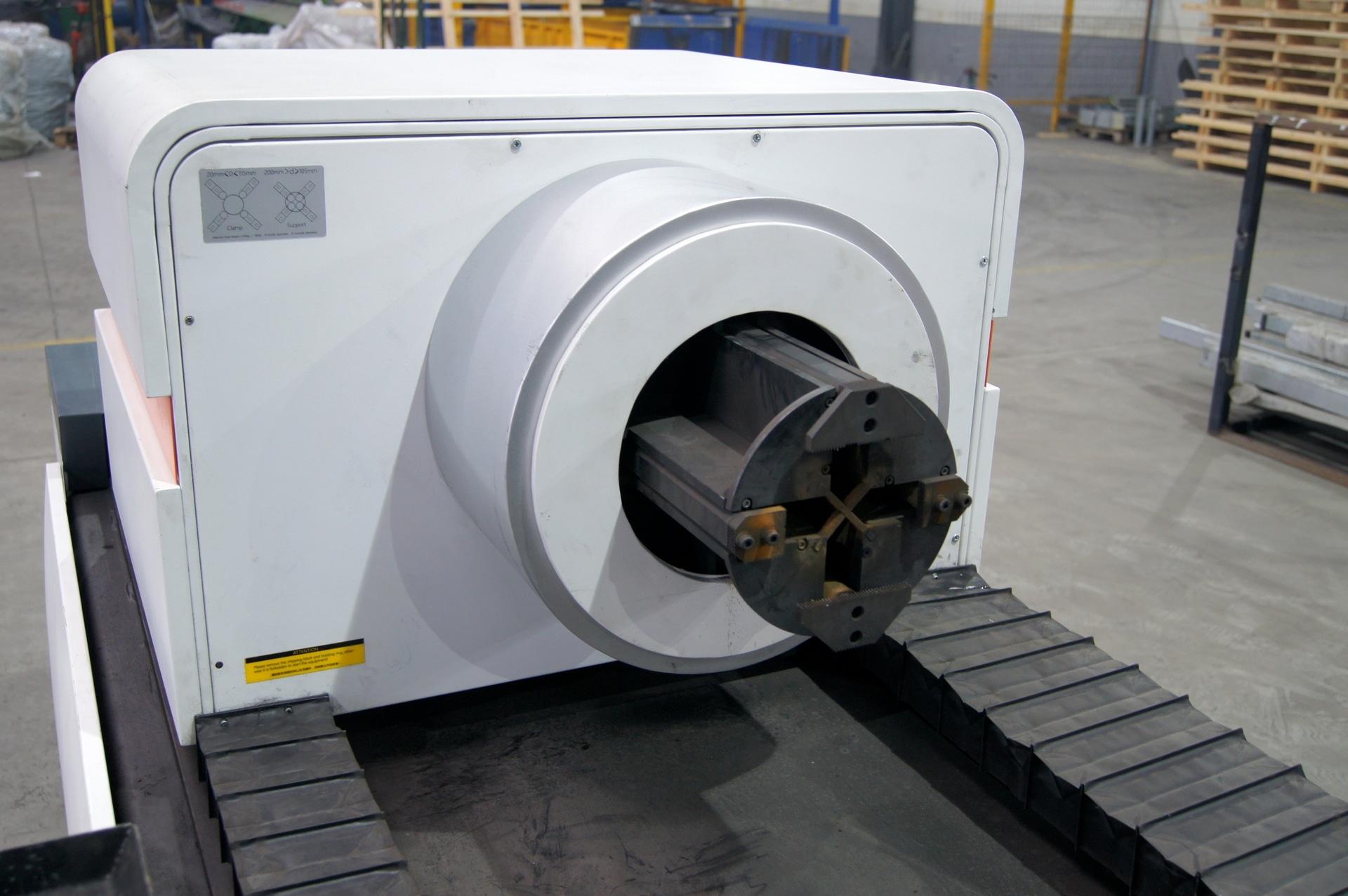 Laser per il taglio di tubi e profili BODOR T6E in vendita - foto 6
