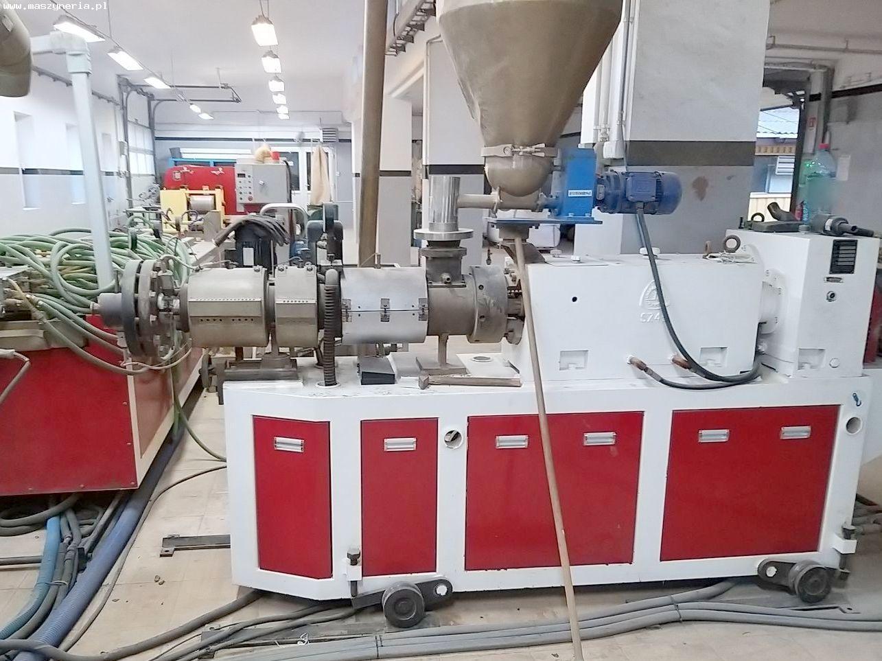 Linea di produzione di decking composito in PVC JWELL in vendita - foto 4