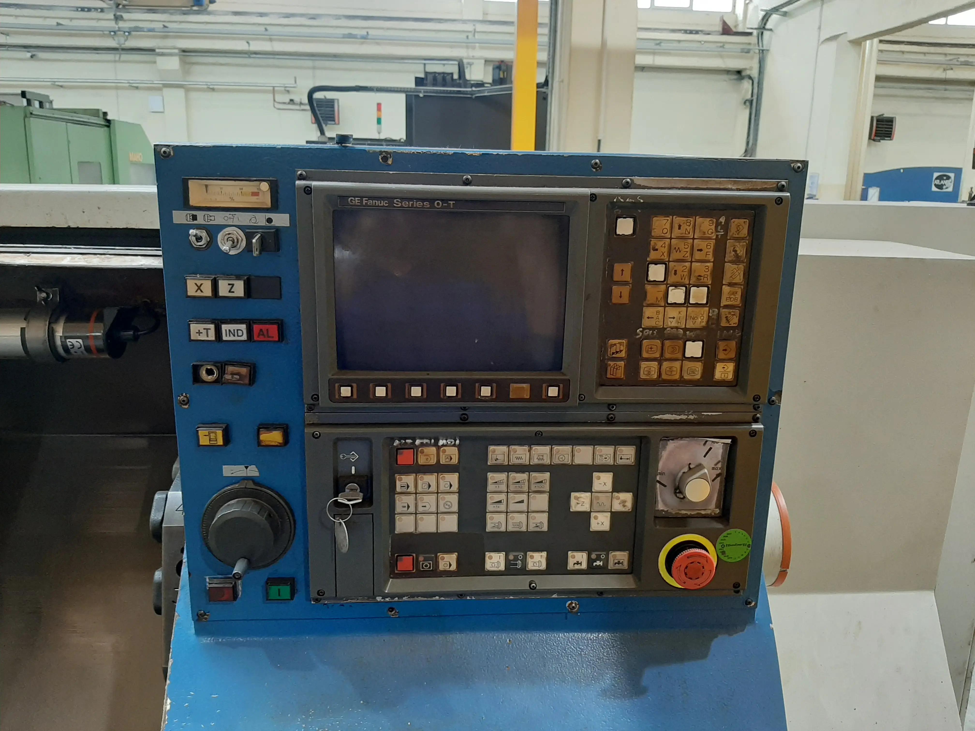 Tornio CNC FAMOT 400 in vendita - foto 2