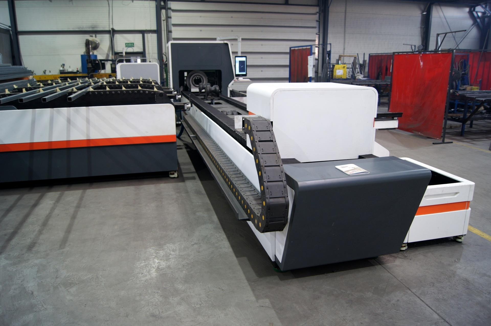 Laser per il taglio di tubi e profili BODOR T6E in vendita - foto 2